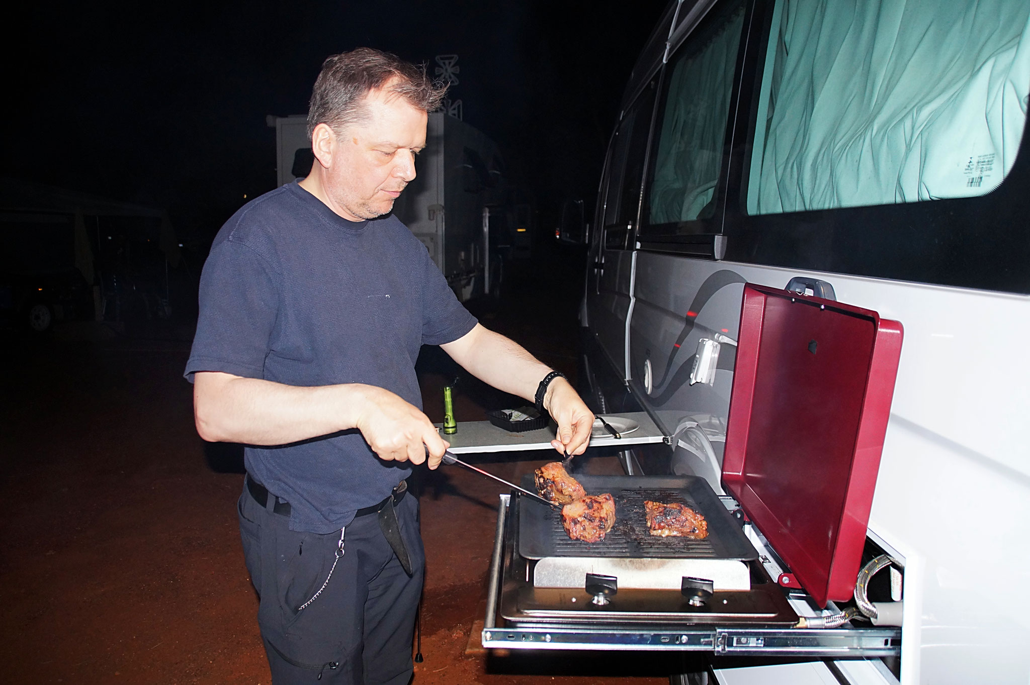Grillen auf dem Ayers Rock Campground