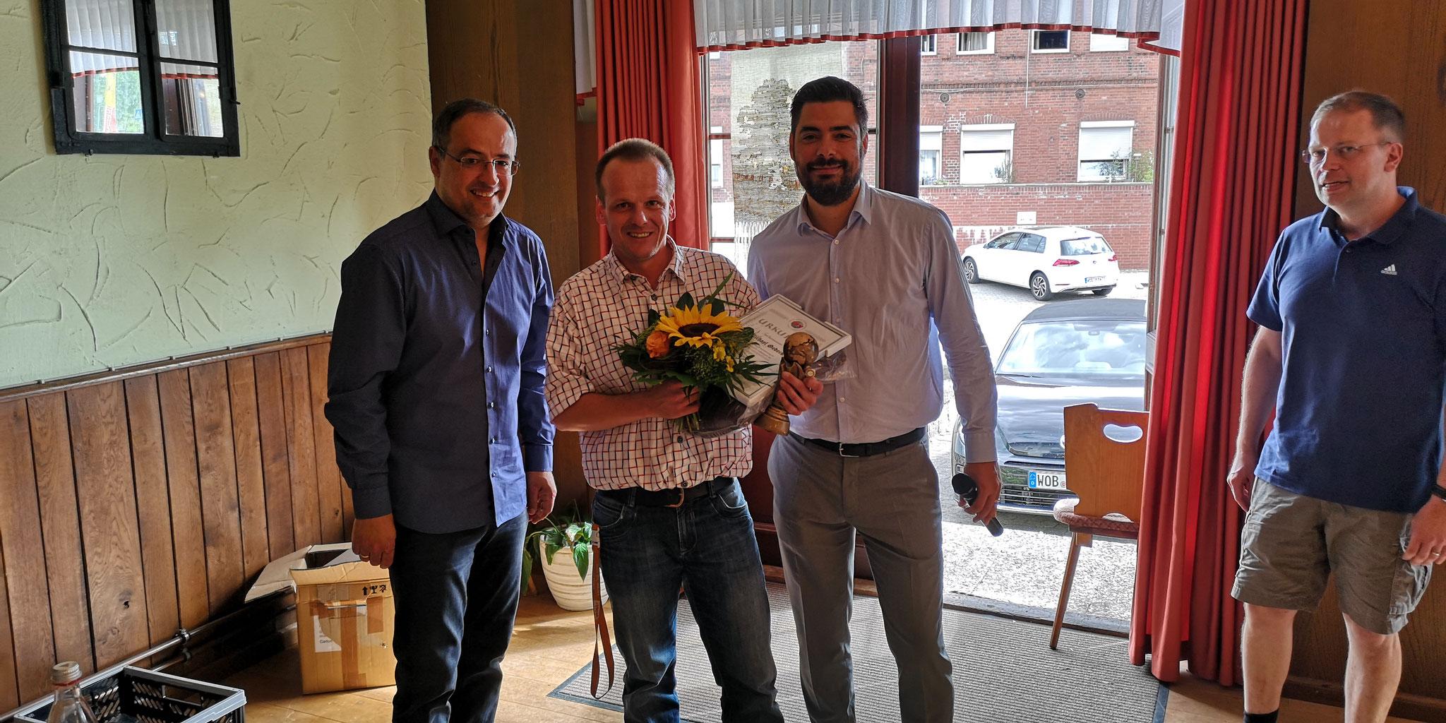 25 Jahre Schiedsrichtertätigkeit: Michael Gedeck