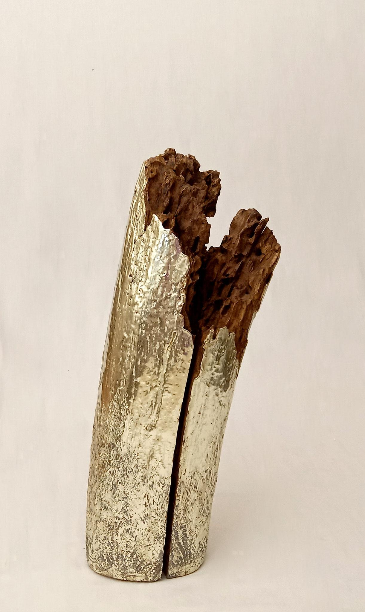 SAKIM  Frêne (?), feuilles d'or blanc 12 carats. Hauteur 48 cm Diamètre 17 cm