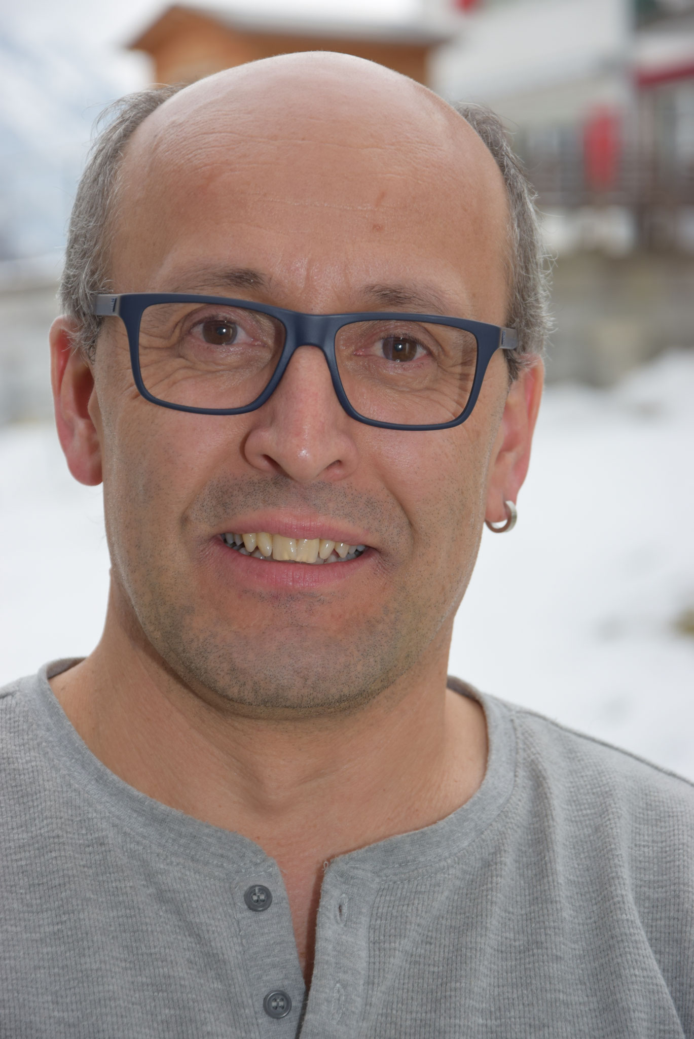 Bernard Tuor