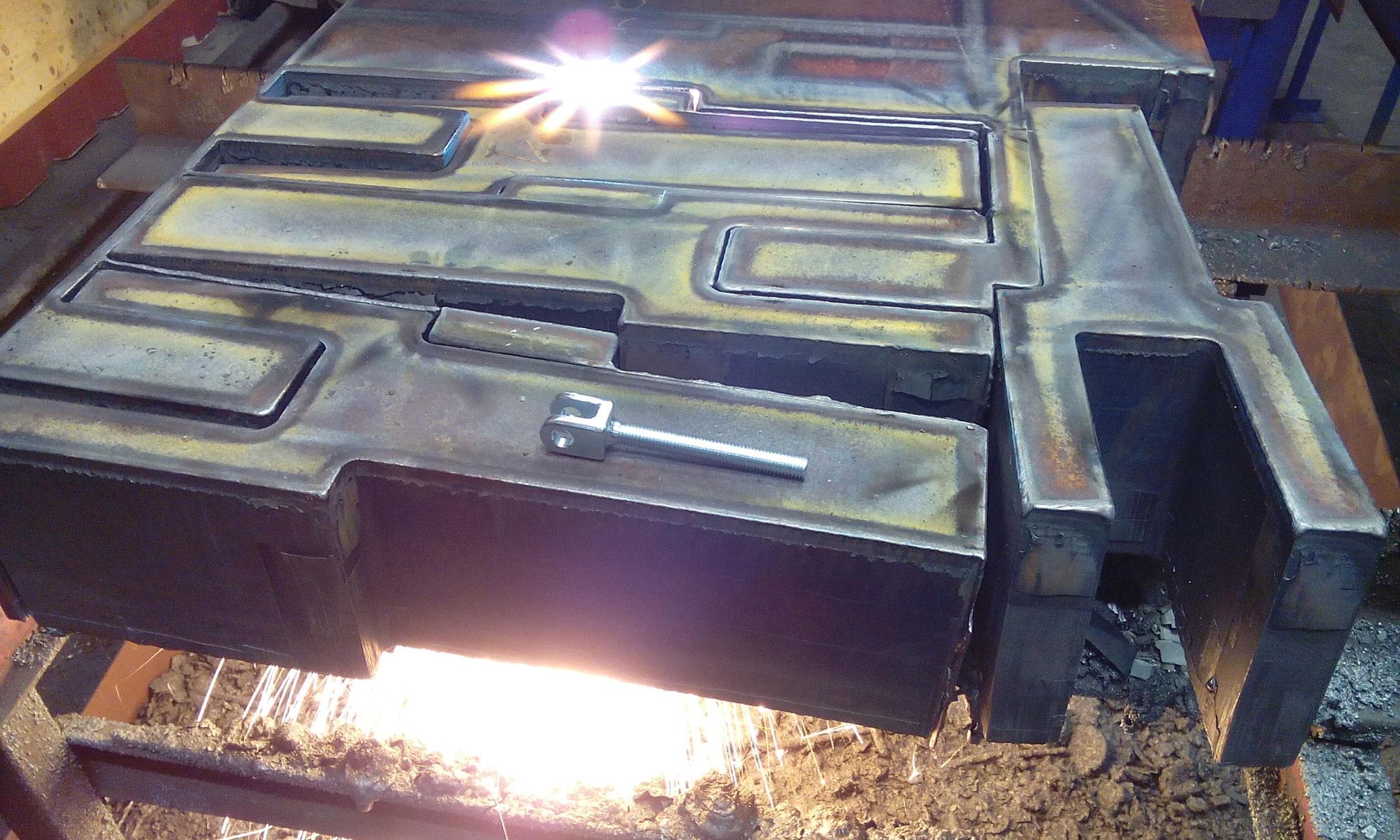 Autogenes Brennschneiden von Gabel DIN 82006 t=150mm