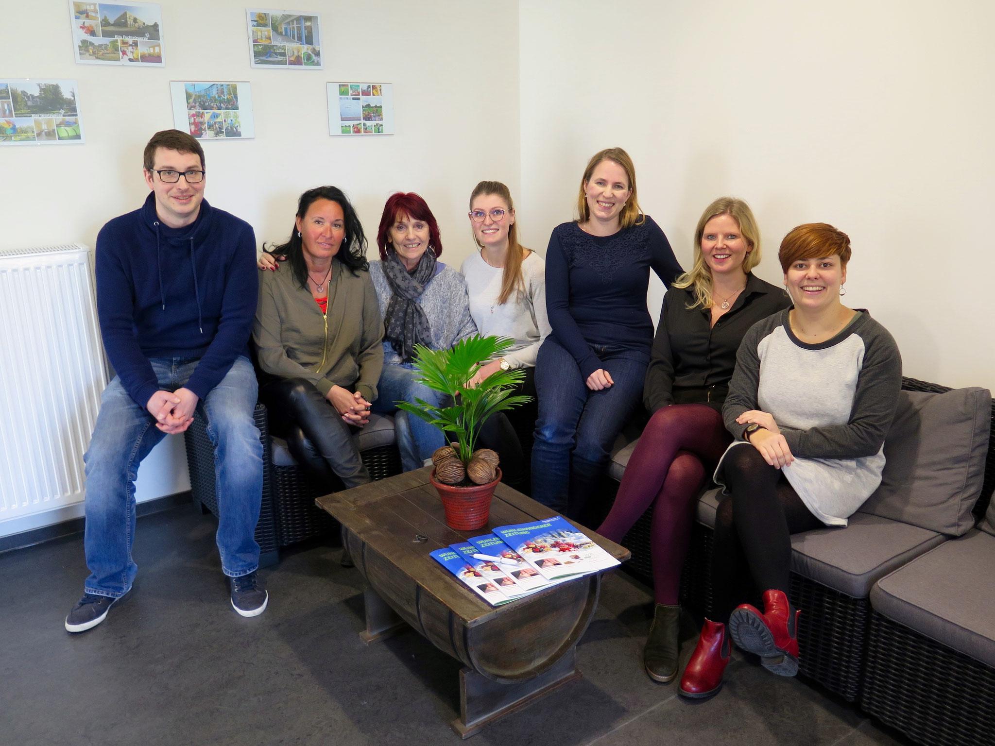 Wuhlewanderer-Geschäftsführerin Stephanie Müller (2.v.r.) und ihr Team freuen sich auf das neue Projekt. Der Träger betreibt bereits sechs Kitas. Die nächste eröffnet im Sommer in der Heesestraße.