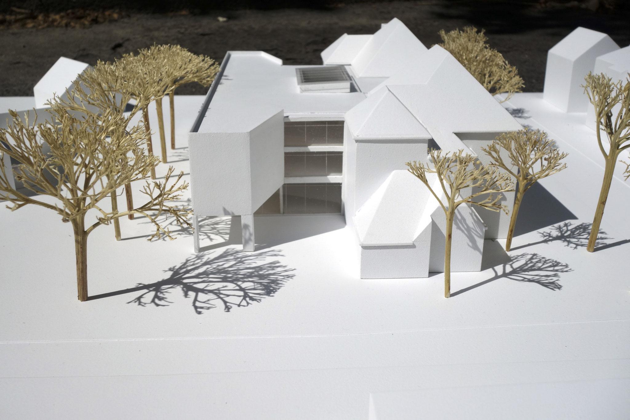 Ein dreigeschossiger Ergänzungsbau soll an der Verbinderstelle zwischen die Altbauten geschoben werden.