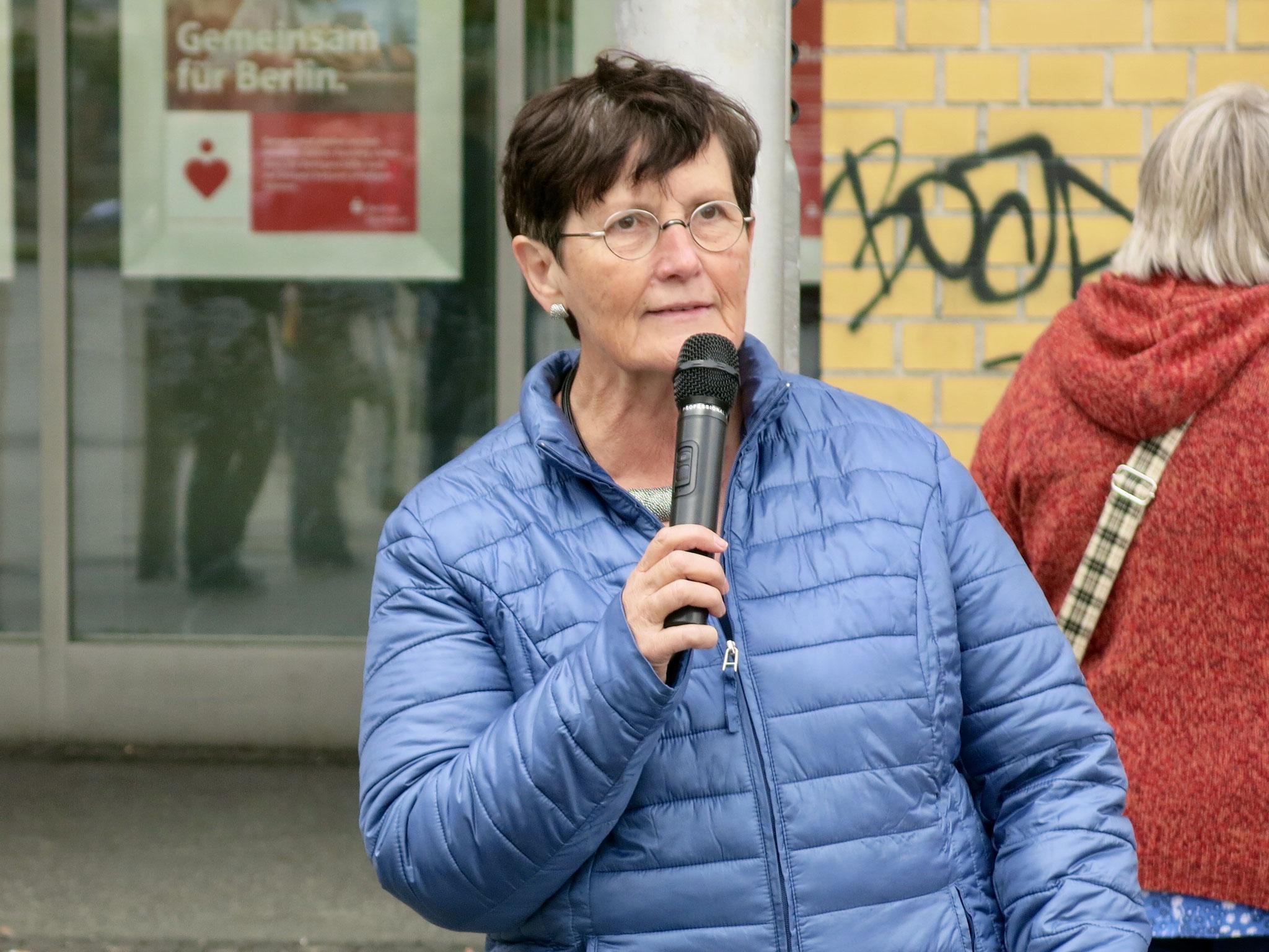 Marzahn-Hellersdorfs Bezirksbürgermeisterin Dagmar Pohle