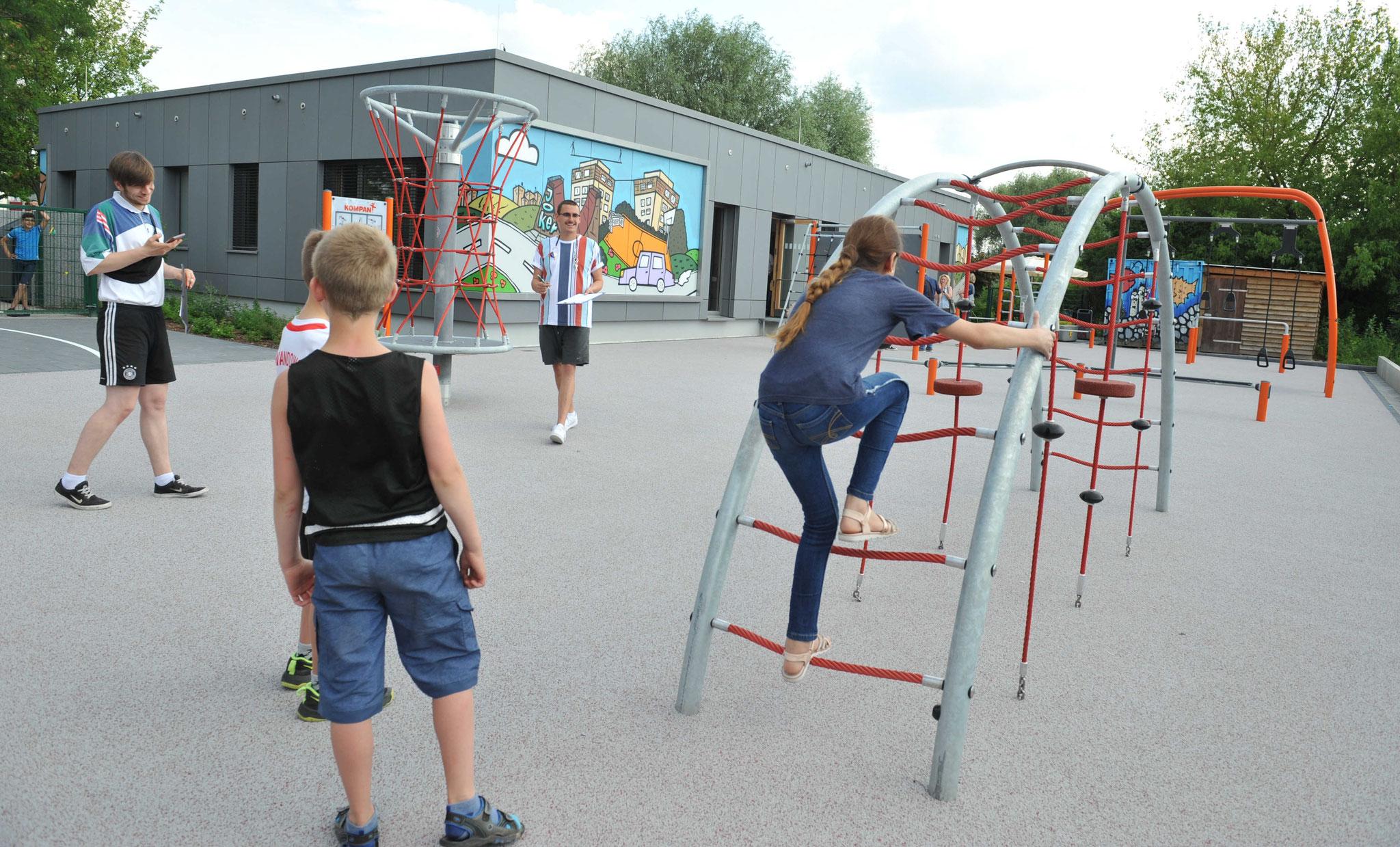 Am Hangelbogen startete die kleine Olympiade. © pressefoto-uhlemann.de