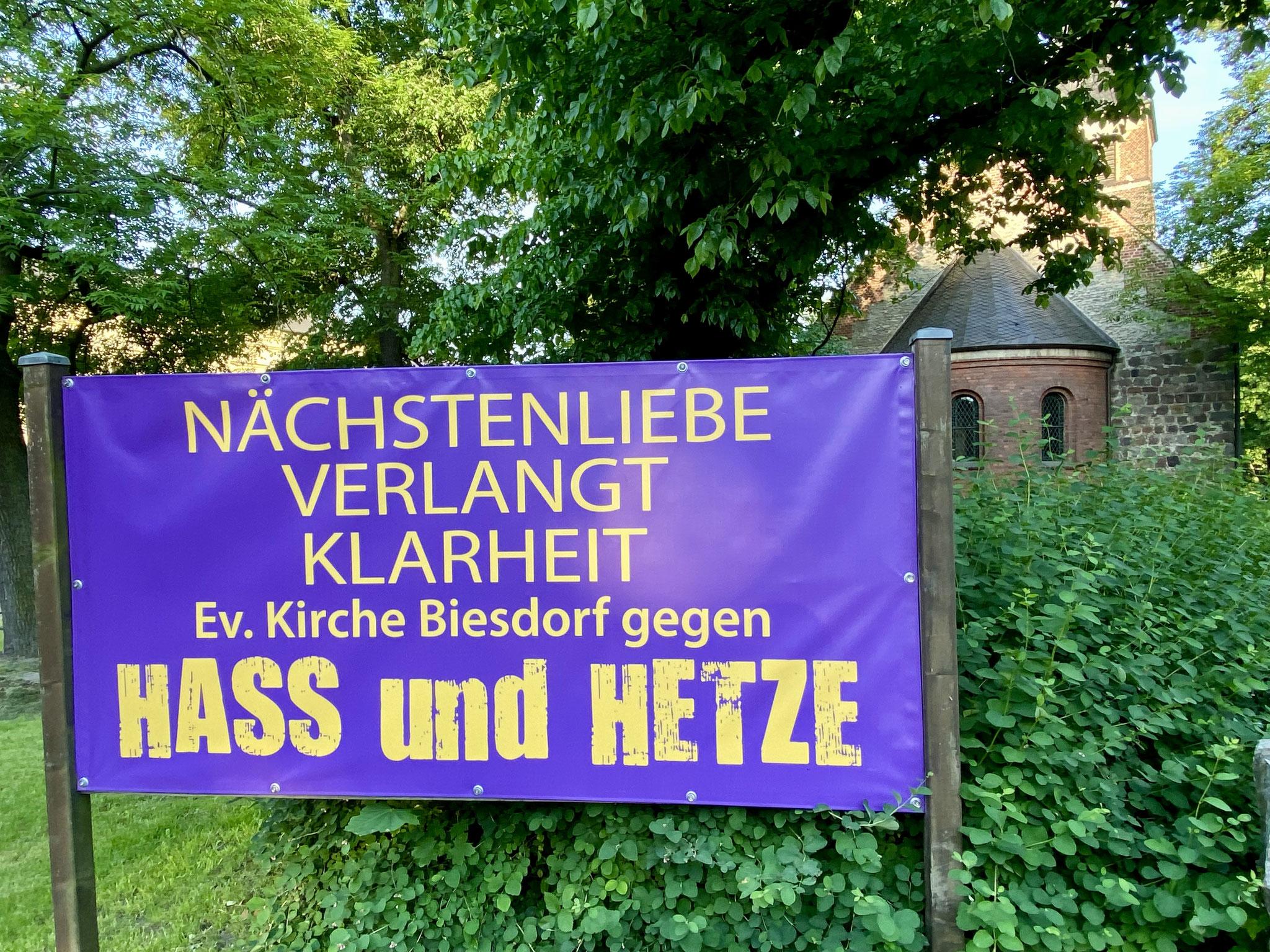 Sa, 12.06., 11.00-13.00 Uhr: Offene Kirche und Andacht für Frieden und Toleranz, Gnadenkirche Biesdorf