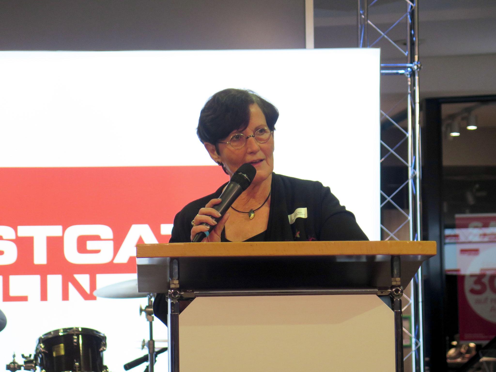 Bezirksbürgermeisterin Dagmar Pohle (Die Linke)