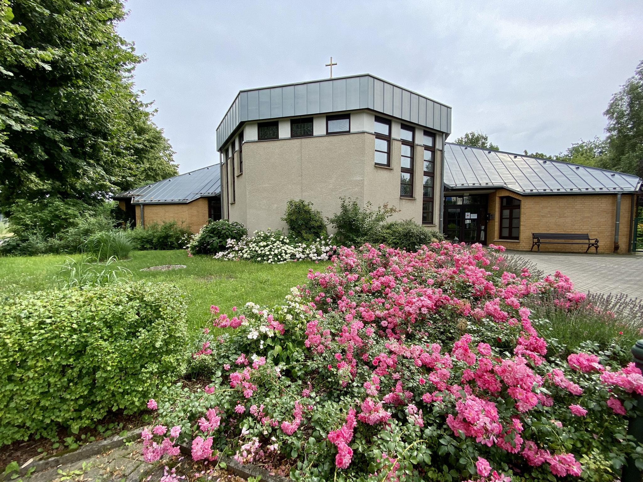So, 18.07. | 11.00-18.00 Uhr: Offene Kirche und Konzert in Hellersdorf