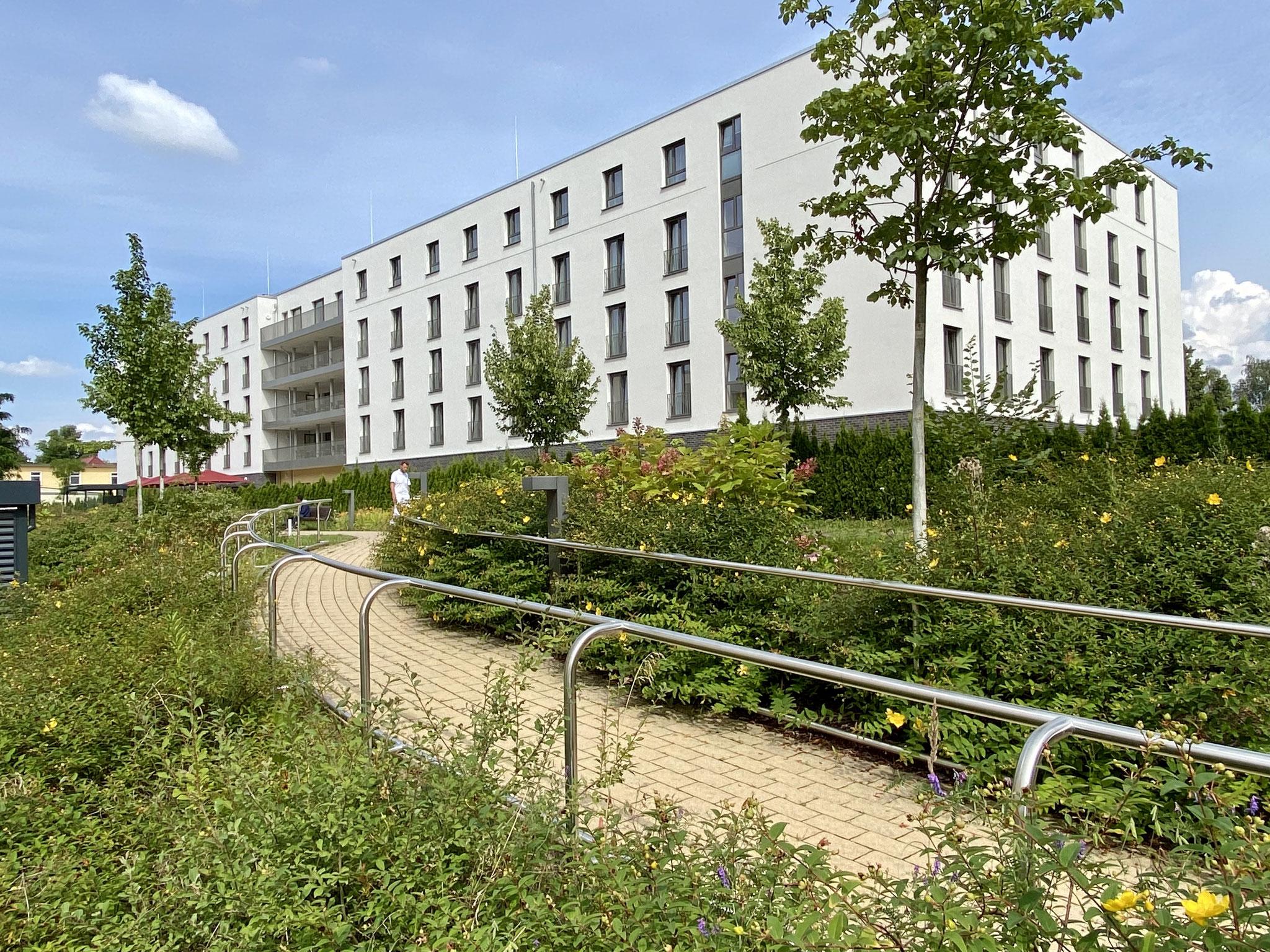Die Vivantes Forum für Senioren GmbH hat ihr Hauptstadtpflege-Haus in Kaulsdorf eröffnet. Es ist der allererste Neubau des Unternehmens.