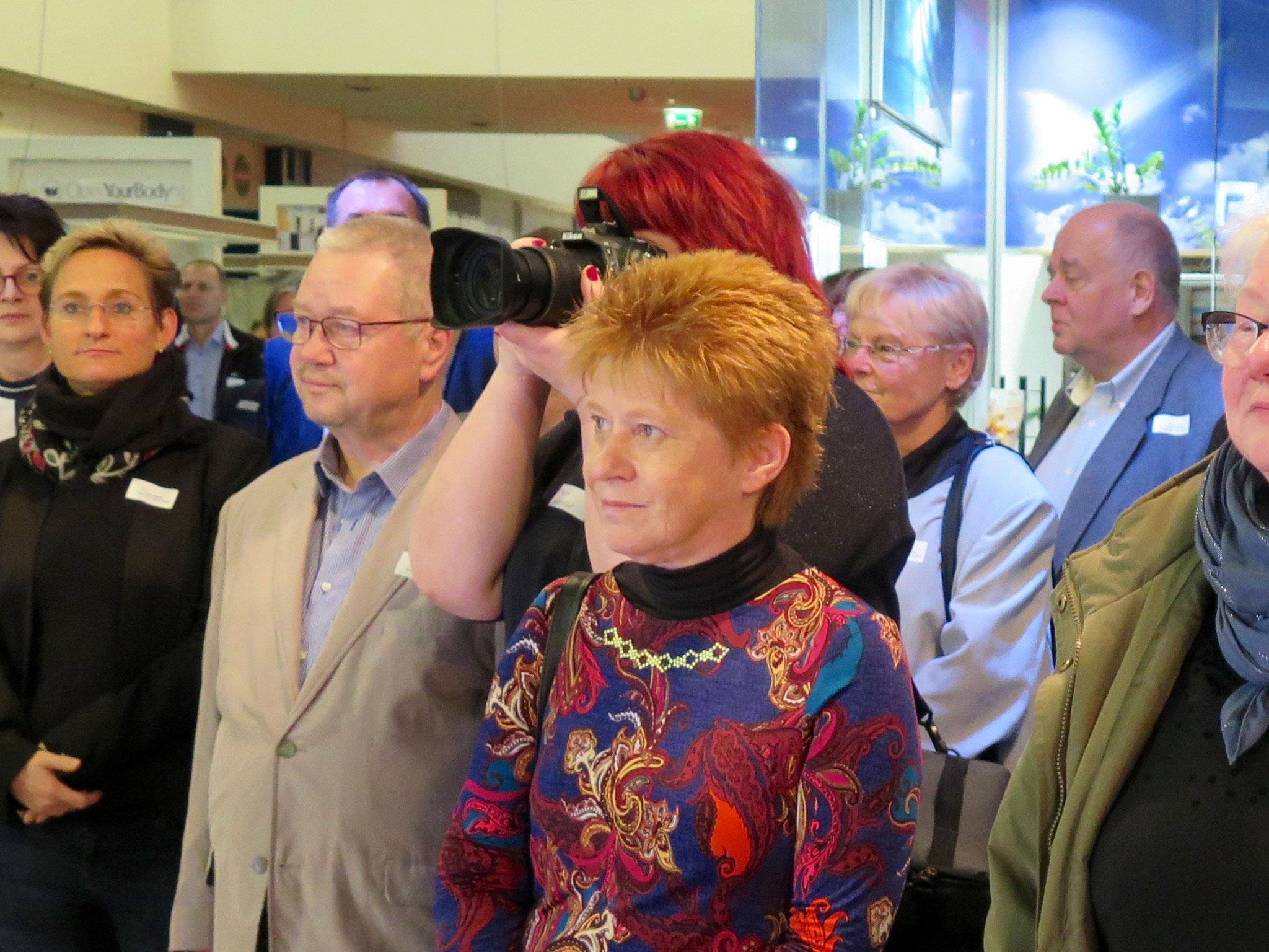 Ist eigentlich immer dabei: Bundestagsvizepräsidentin Petra Pau (Die Linke).