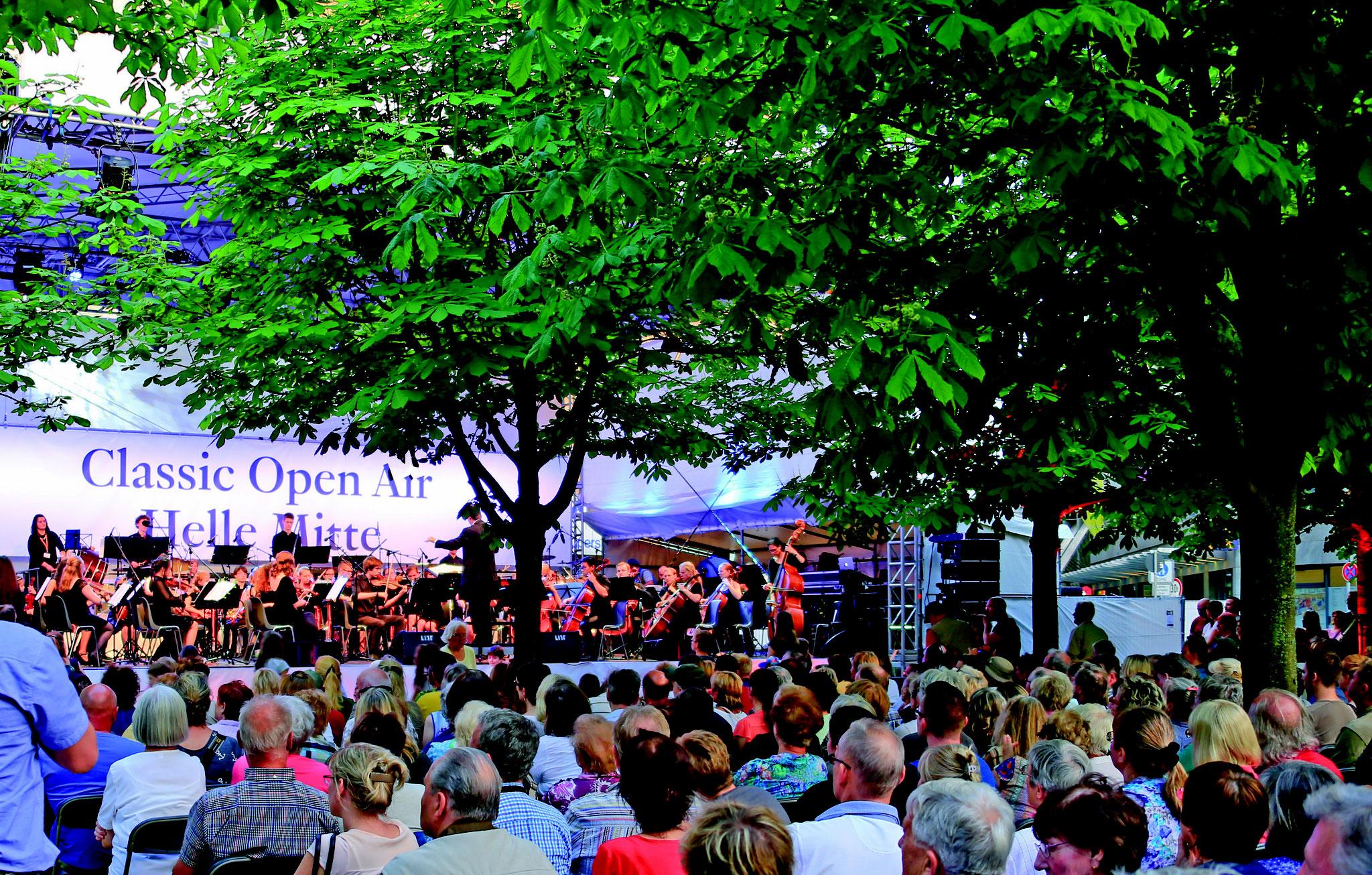 Das Classic Open Air lockt Jahr für Jahr mehrere Tausend Besucher nach Helle Mitte. © pressefoto-uhlemann.de