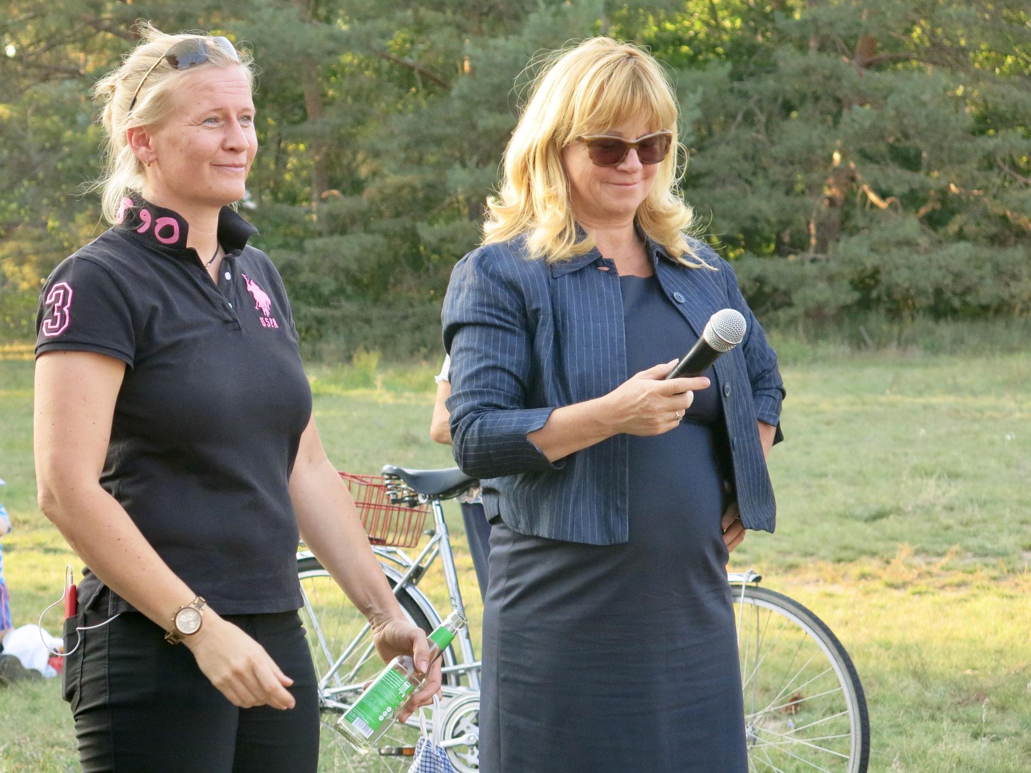Jana Löschke, Gesamtelternvertreterin der Kiekemal-Grundschule, erkundigte sich nach der Schulhofbeschattung.