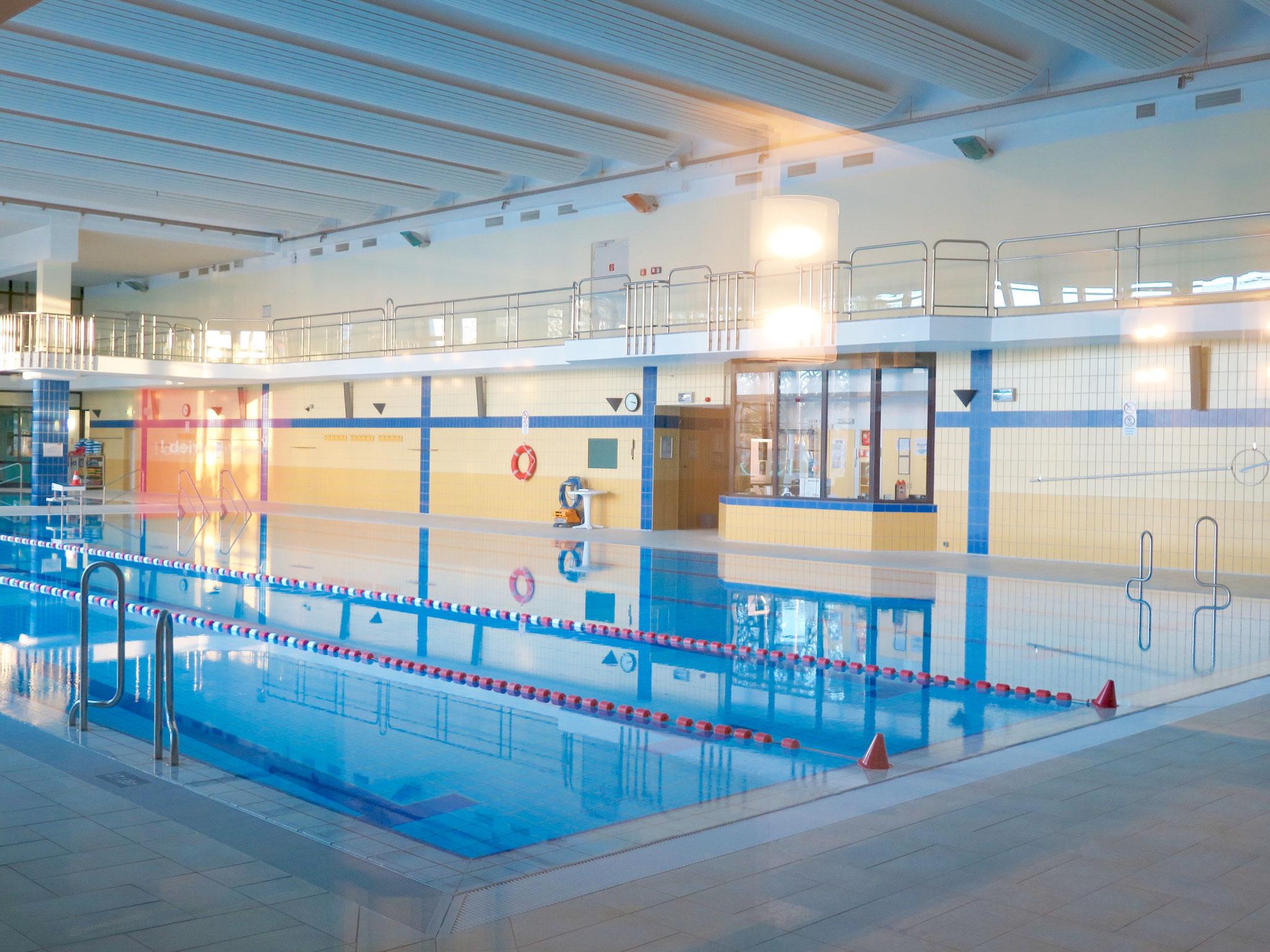 Das kleine Hallenbad im Freizeitforum Marzahn betreibt die GSE gGmbH für den Bezirk.