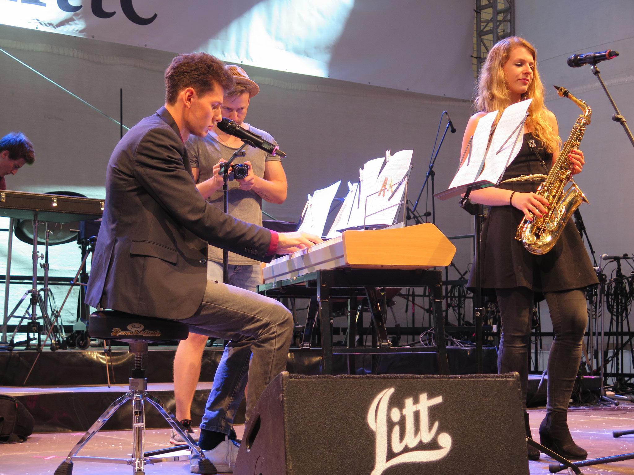 Auch wieder mit dabei: Mr. Pianoman Thomas Krüger. Er teilt sich diesmal die Bühne mit ...