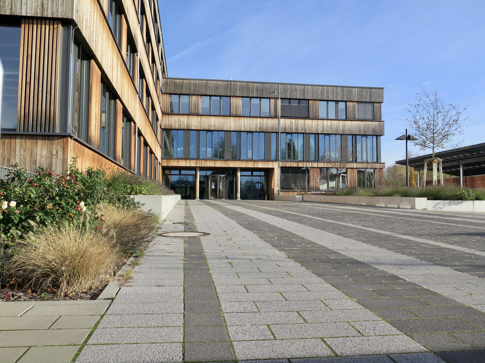 Verwaltungsgebäude der Firma Flexim (Boxberger Straße 4)