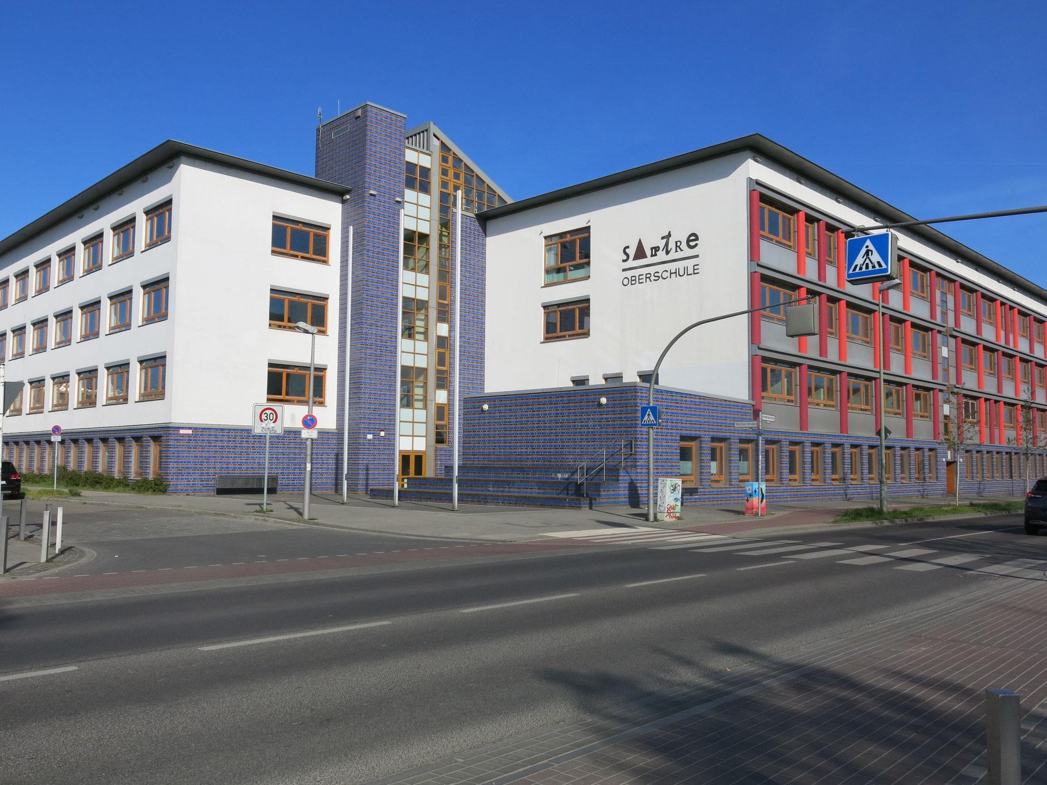 Tipp 3: Wuhle-Hönow-Weg, Sartre-Gymnasium