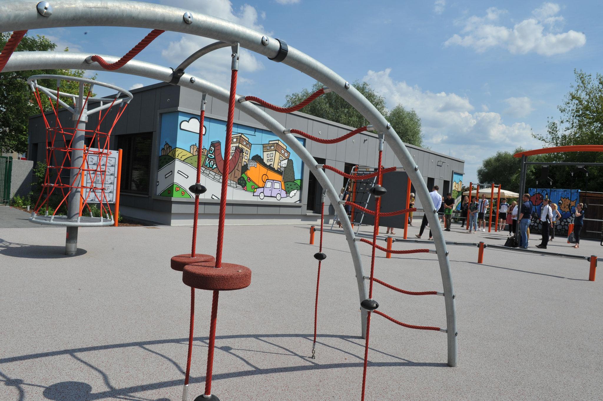 Die neuen Freiflächen wurden nach den Vorstellungen der Kinder und Jugendlichen gestaltet. © pressefoto-uhlemann.de