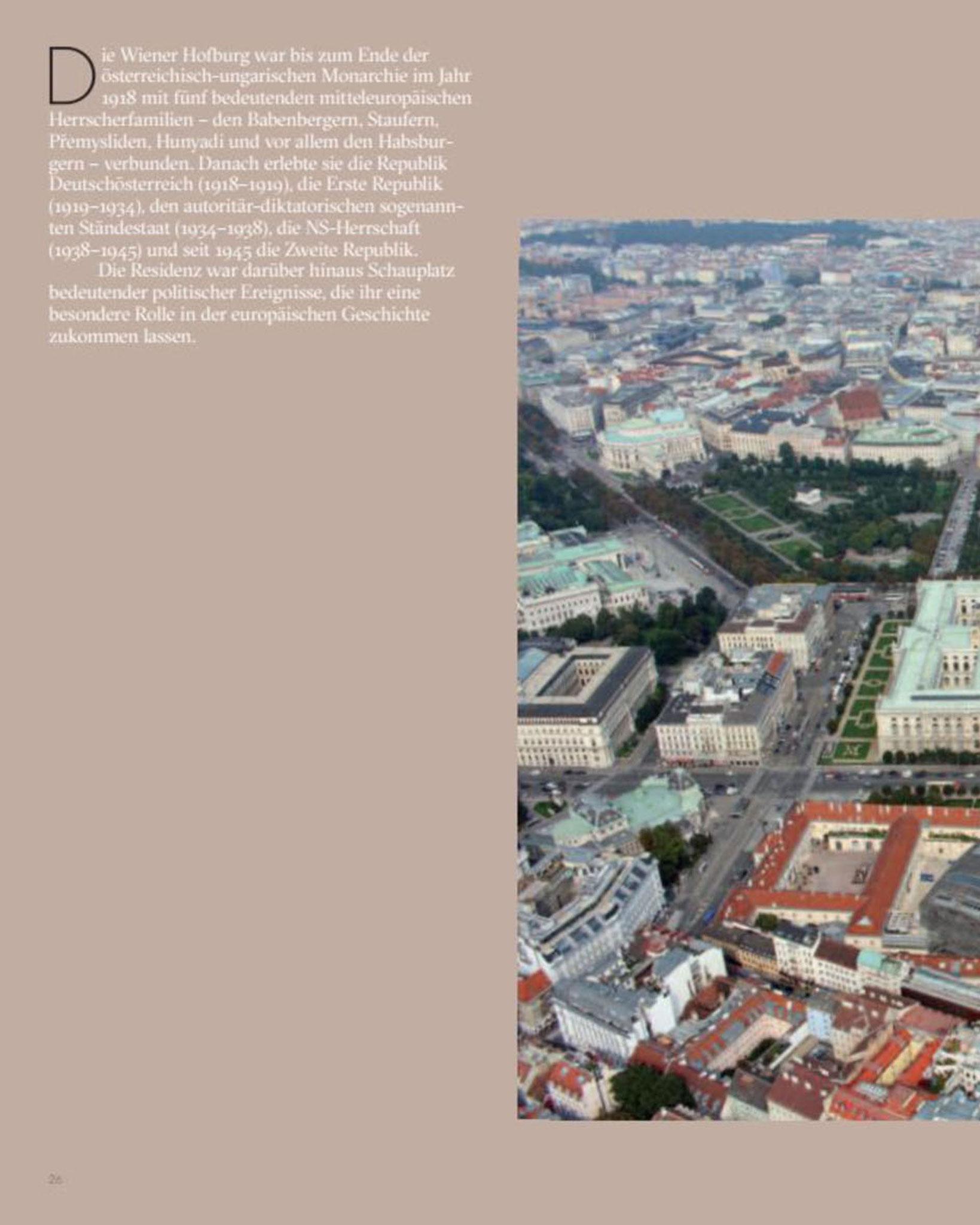 Doppelseite Gesamtansicht / Luftbild © Stefanie Grüssl
