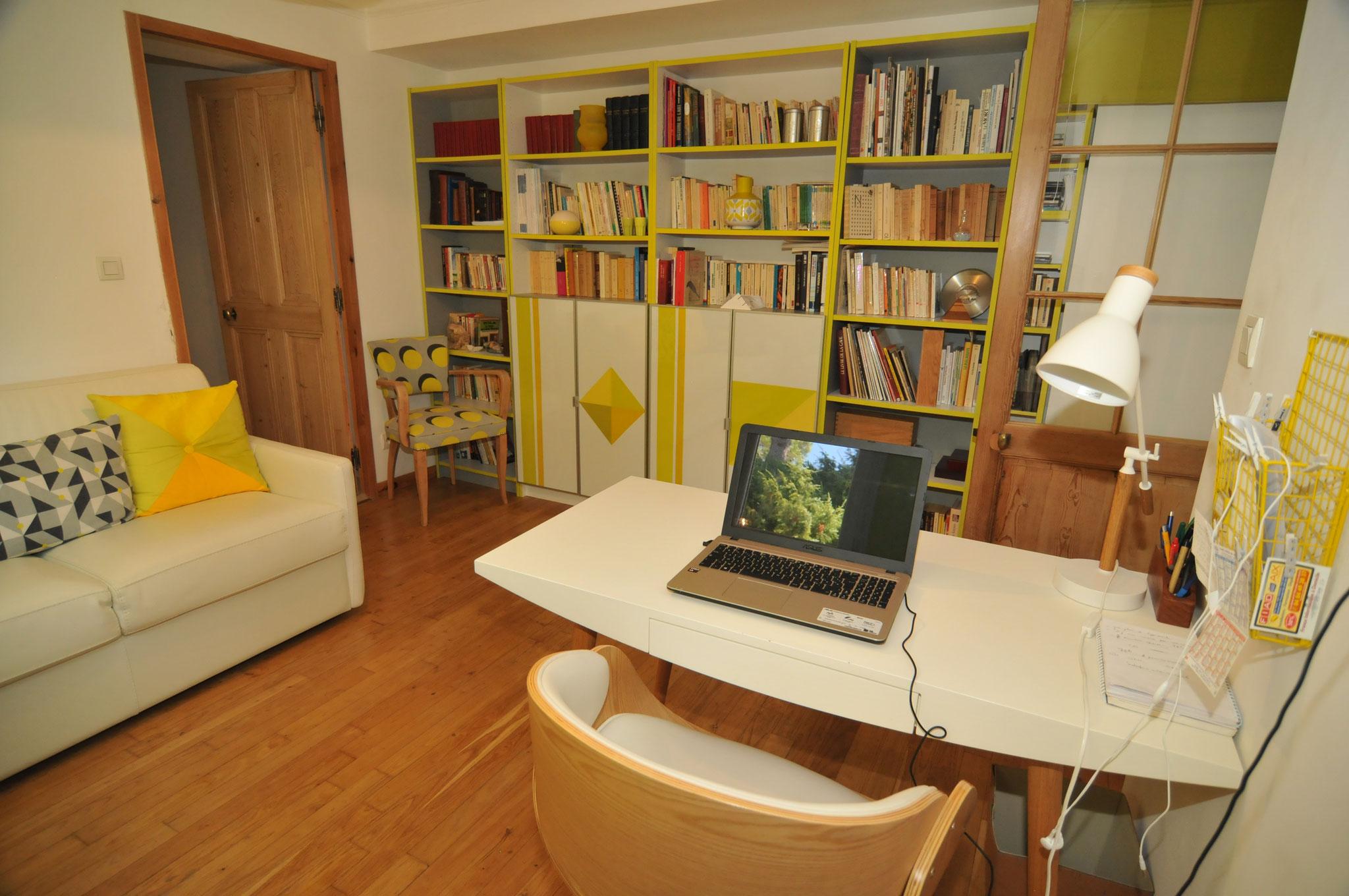 le bureau/bibliothèque