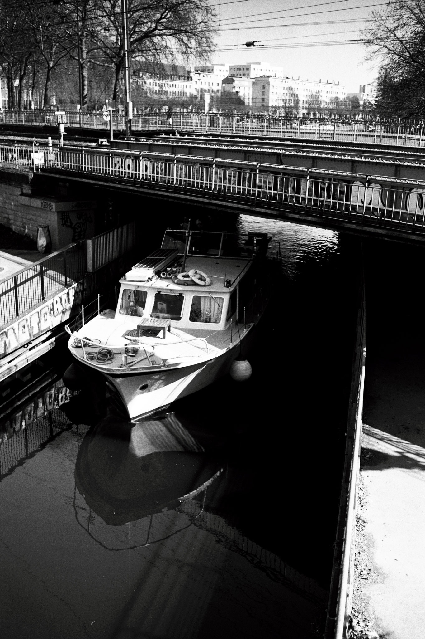 """City roads"" - Nantes (2021). Rollei Superpan 200 ASA. © Clémence Rougetet"