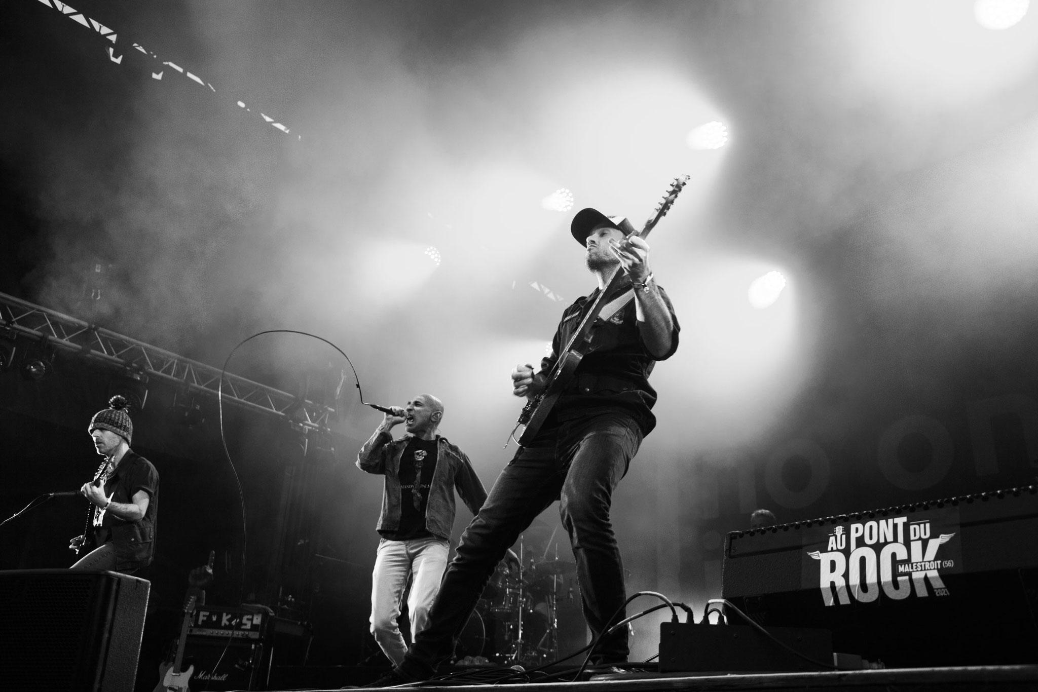 No One Is Innocent - Festival Au Pont du Rock 2021. ©Clémence Rougetet