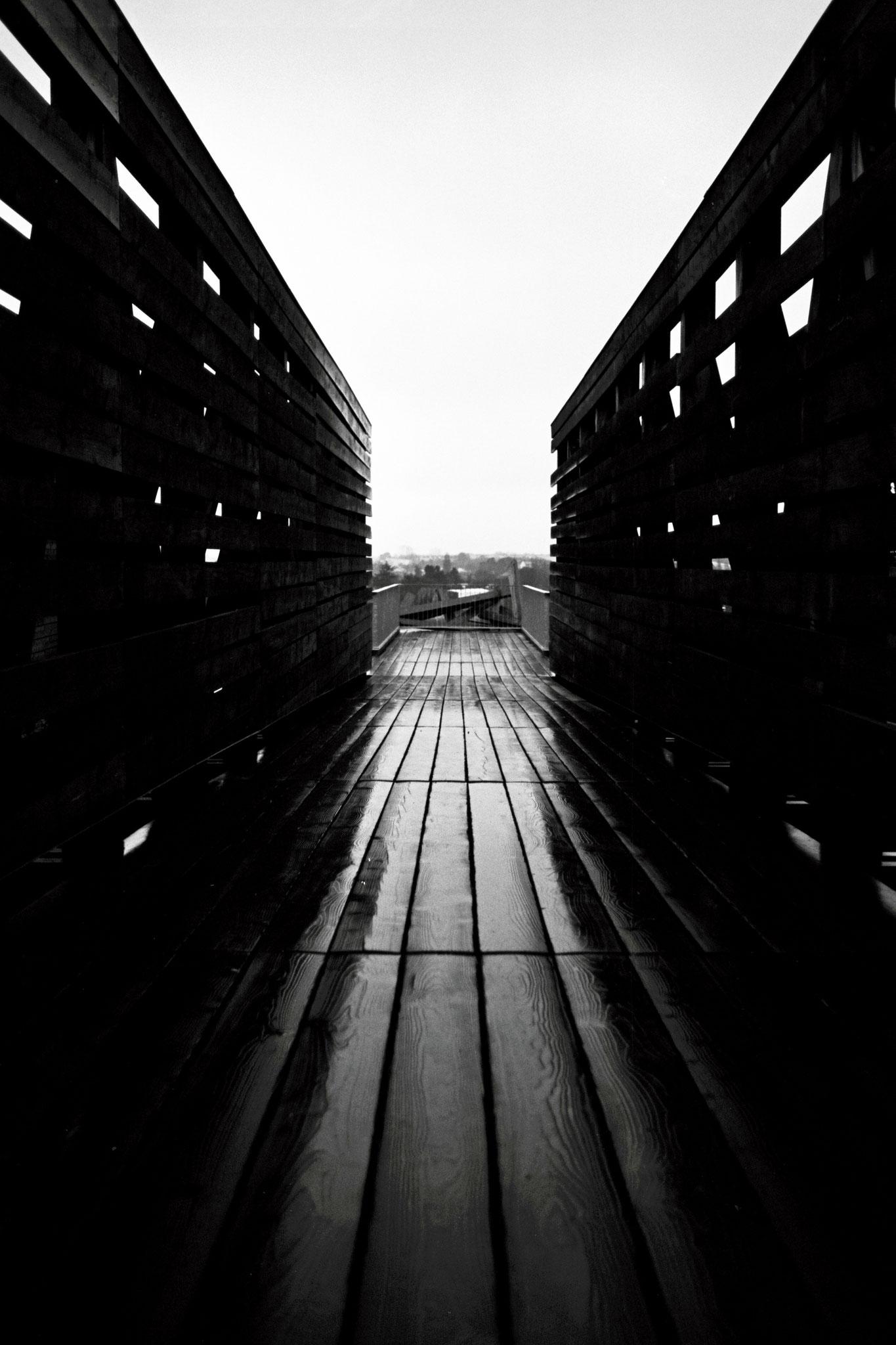 """Bridge with view"" - Nantes (2021). Rollei Blackbird Creative 64 ASA. © Clémence Rougetet"