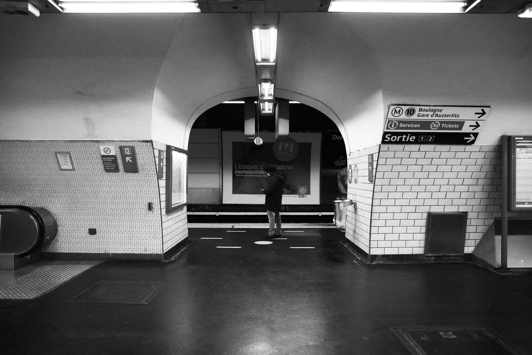 """""""Underground cityscape"""" - Station Saint-Michel Notre-Dame, Paris (2021). Canon 5D Mark IV + 24-105mm. ©Clémence Rougetet"""