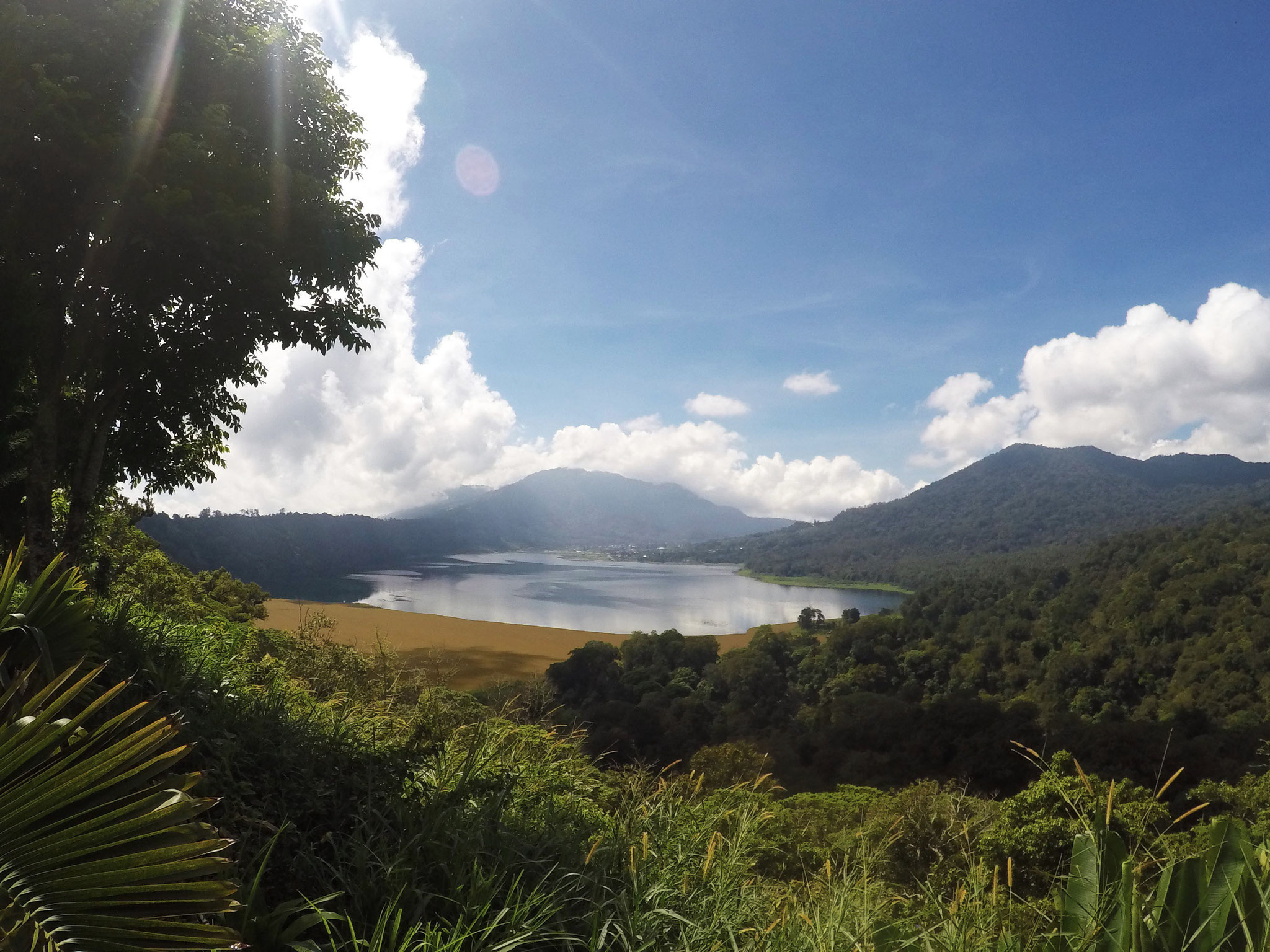 Danau Tour: Stunnings lakes.