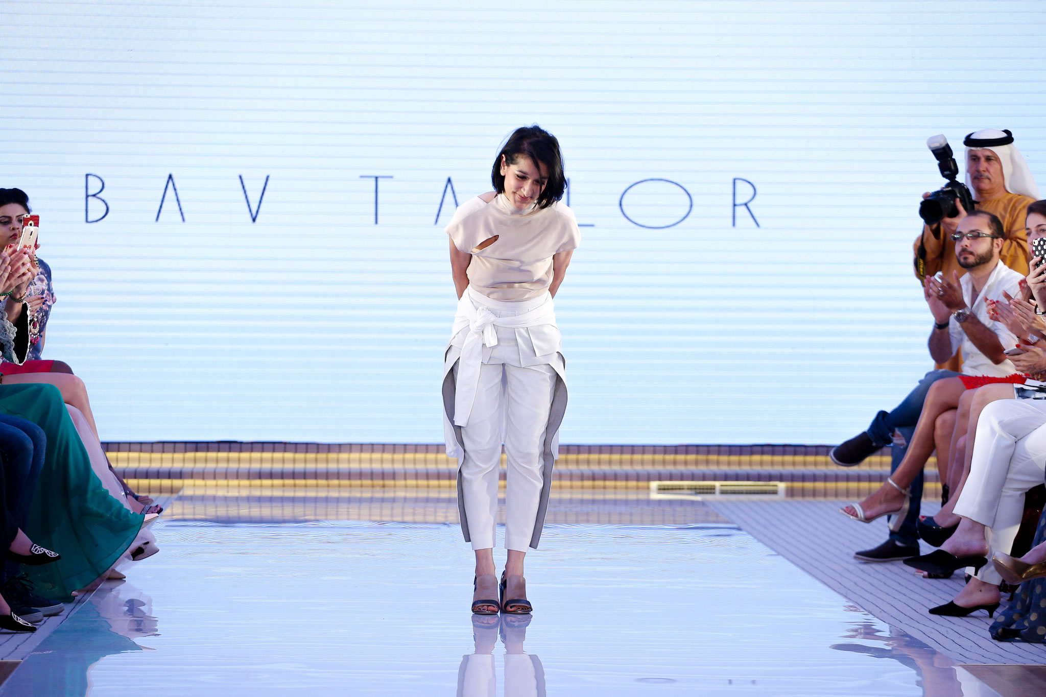 Bav Tailor bows to the applause. @bavtailor