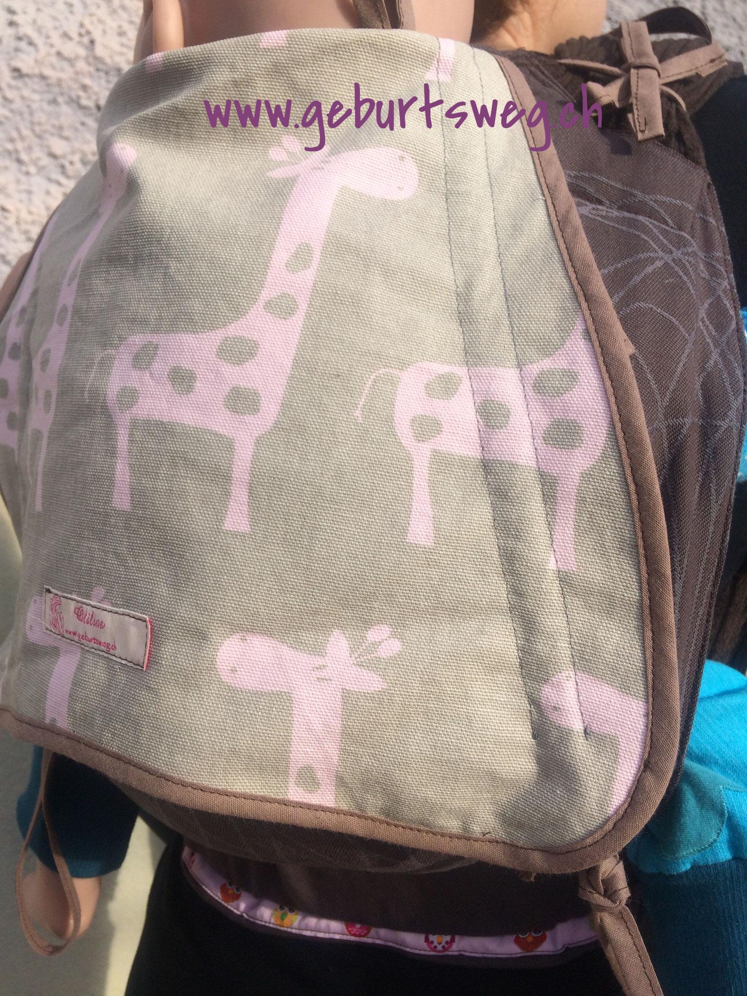 Olilias Mei Tai La Giraffa
