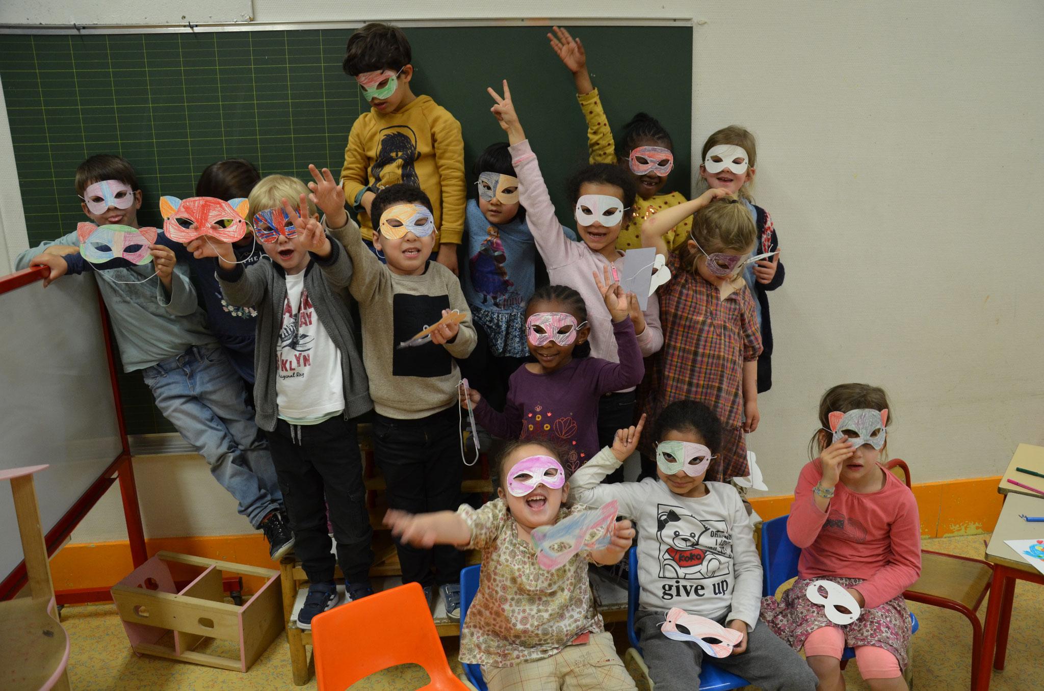 """Masques """"Chats et Loups"""" de Carnaval"""