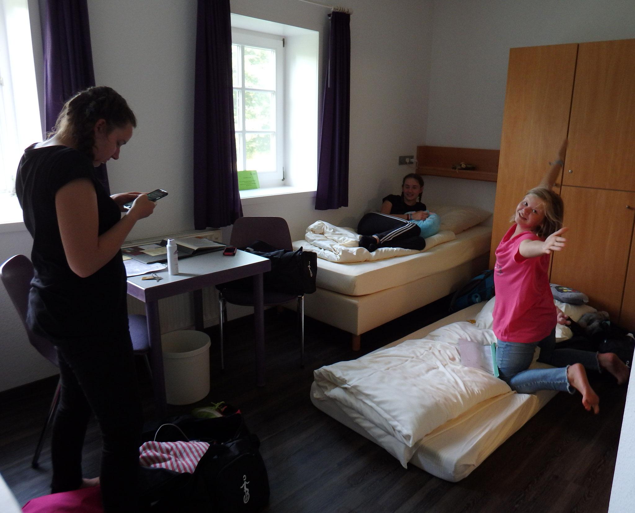 Zimmer 1 (Julia, Katharina und Finja)