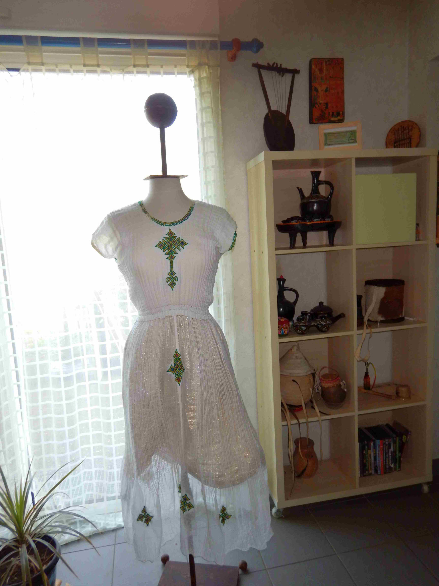 Robe Habesha Coton Ethiopie Artisanat ethiopien Epices made by locals solidaire équitable textils voyage Ethiopie 1