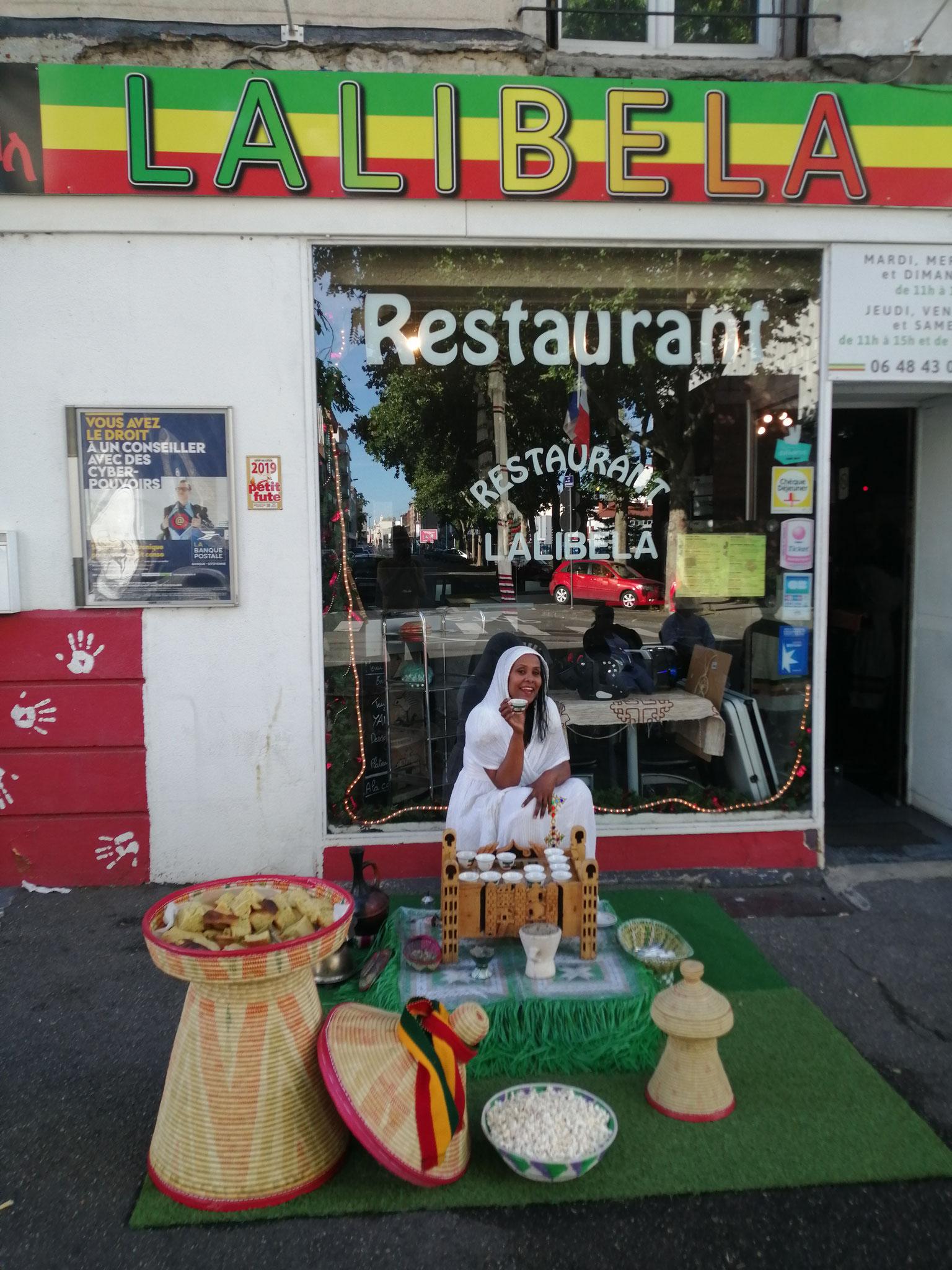 La cérémonie du café au Restaurant éthiopien Lalibela à Clermont Ferrand