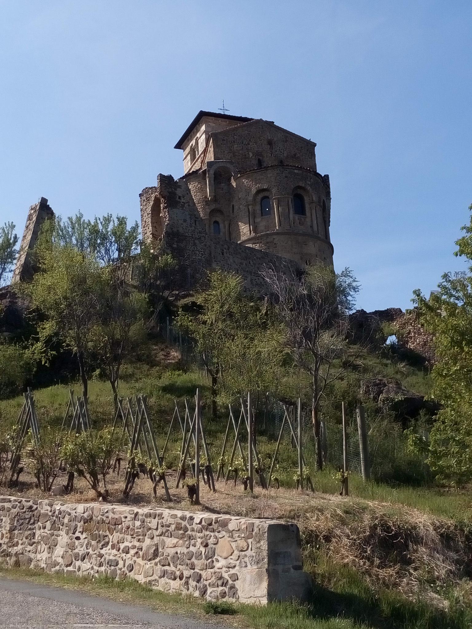Prieuré à Saint Romain le Puy