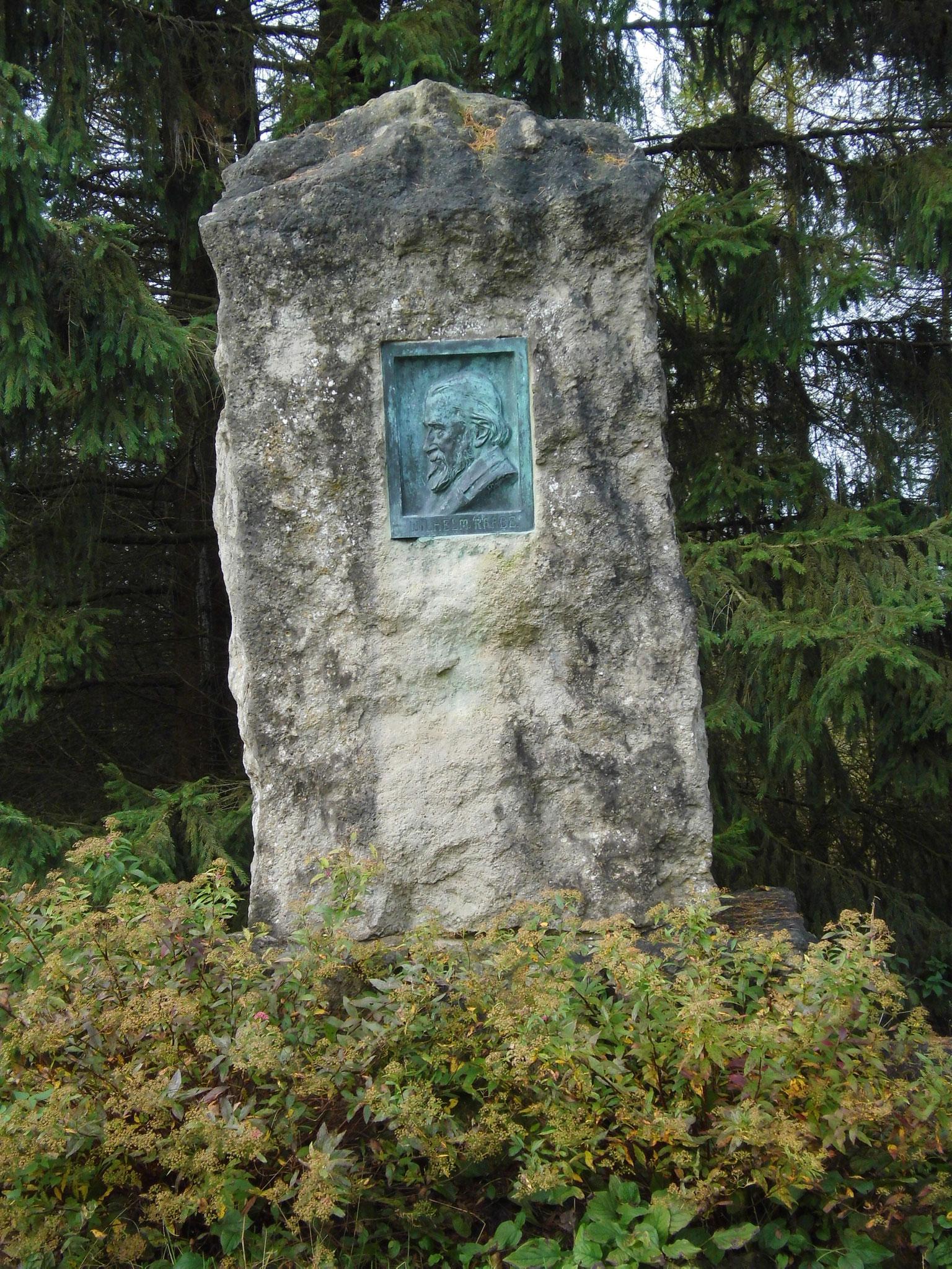Raabe Denkmal