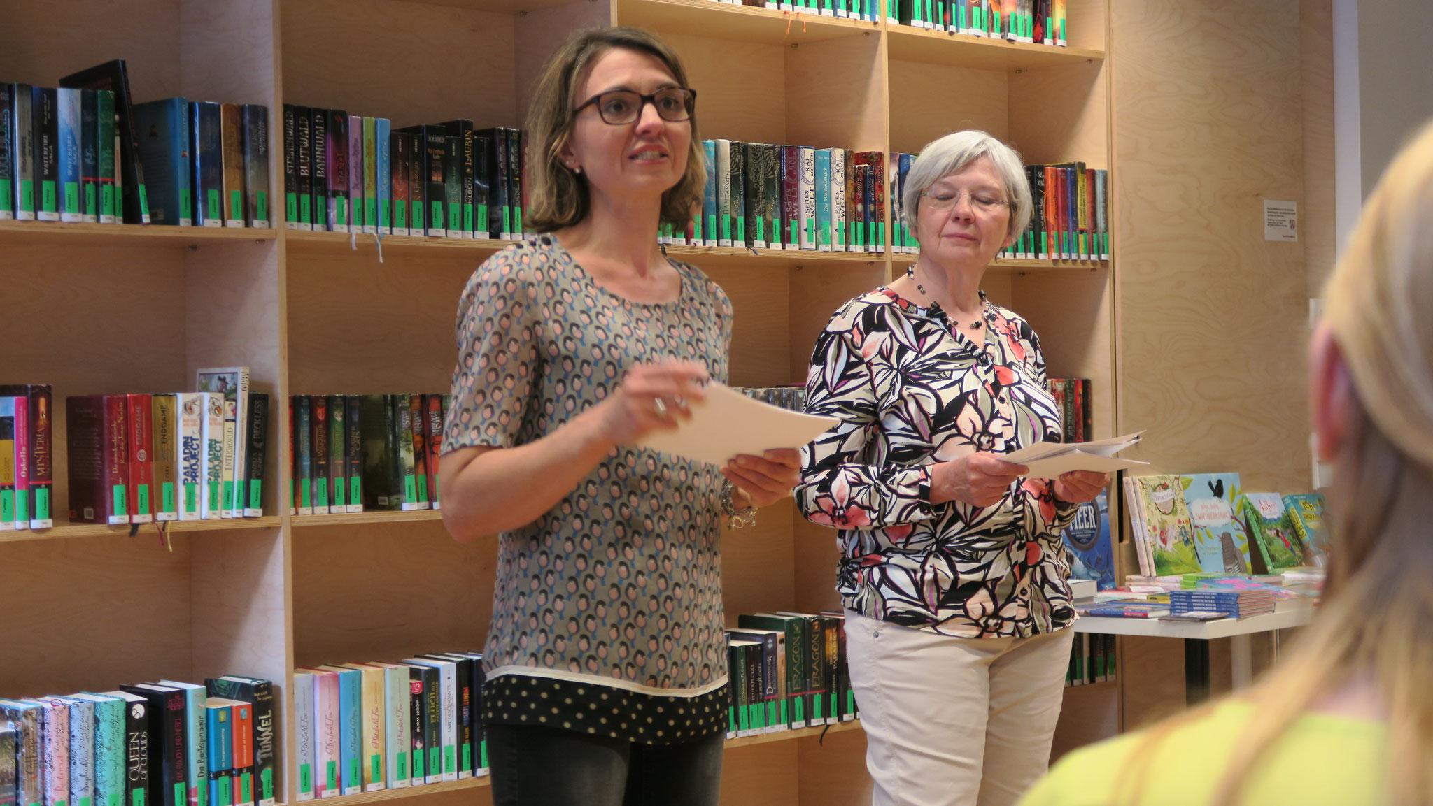 Unsere Organisatorinnen Katrin Lankers und Iris Schürmann-Mock