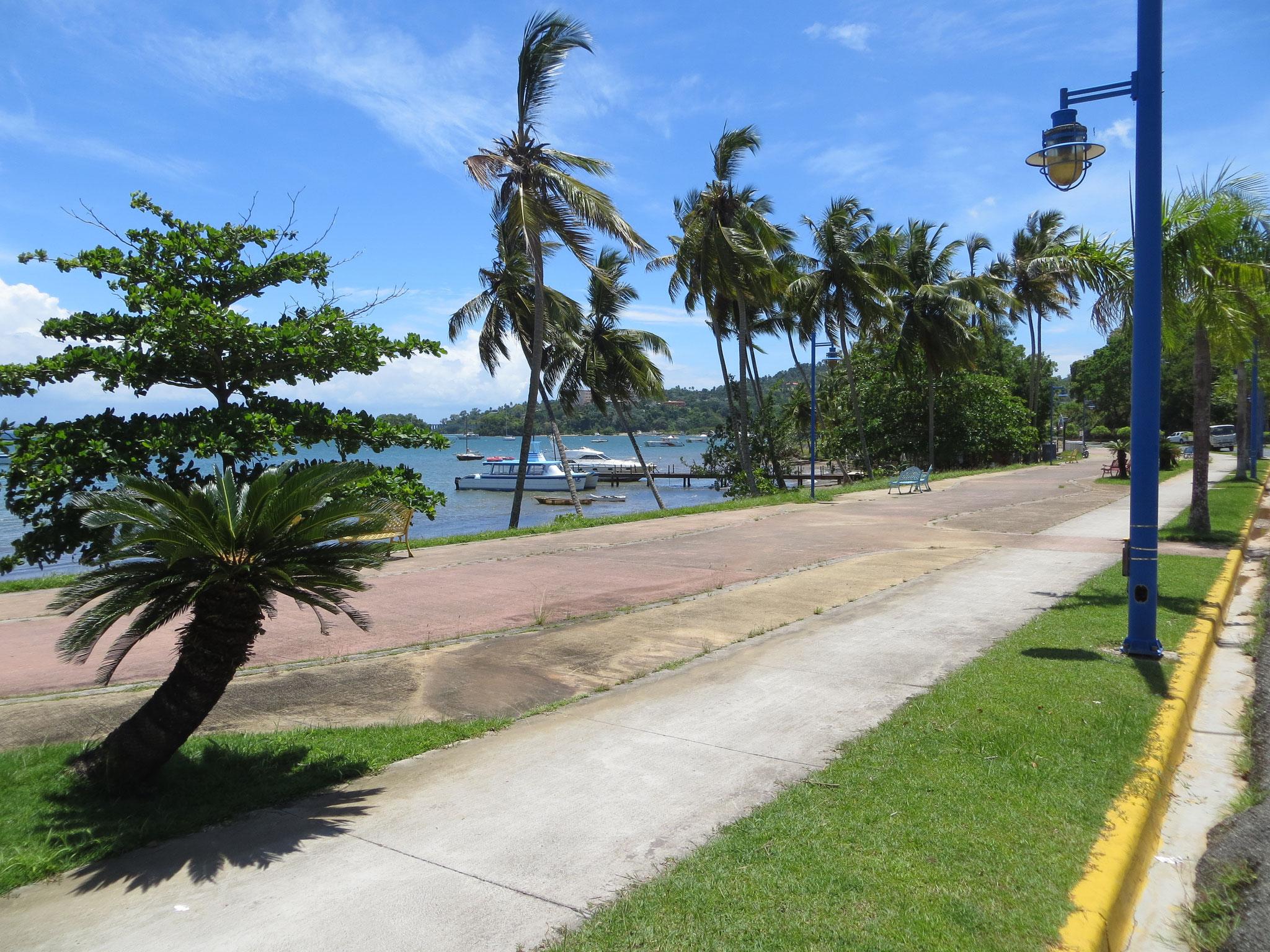 Hafenpromenade von Samaná