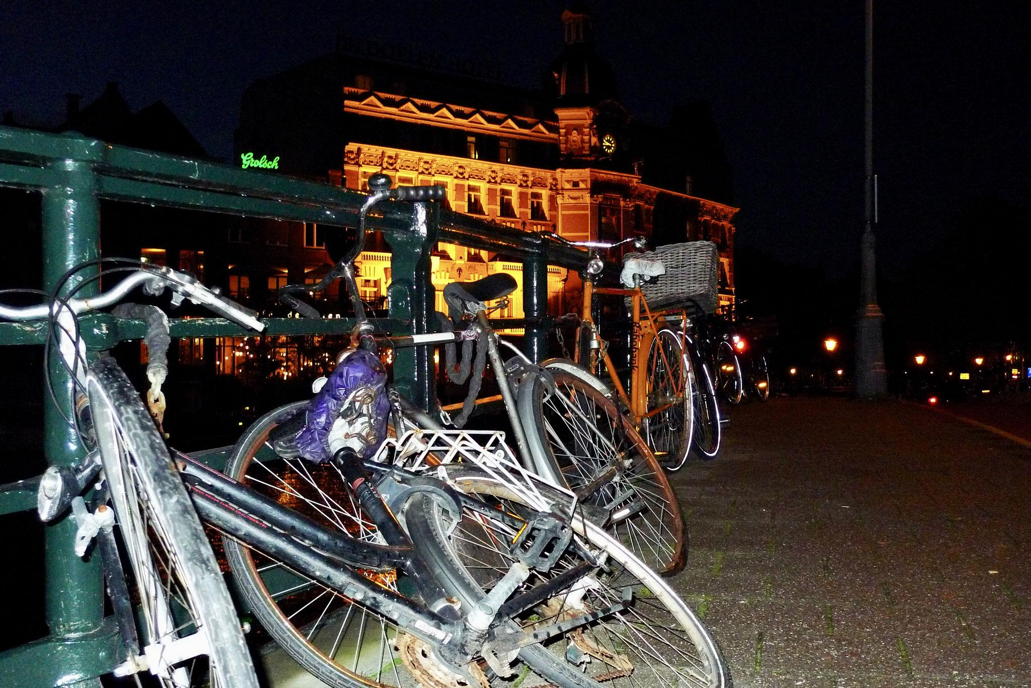 More Amsterdam bikes