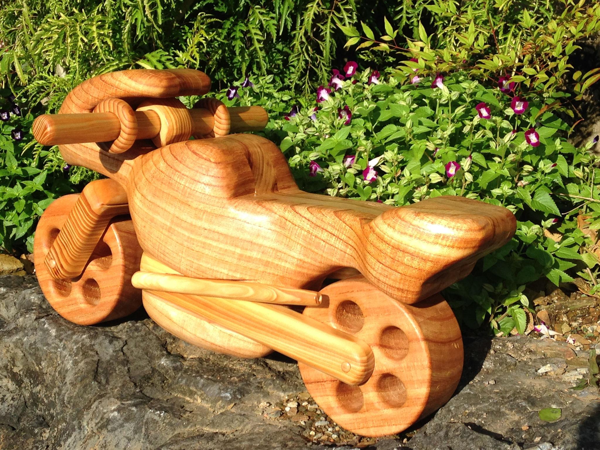木製バイク