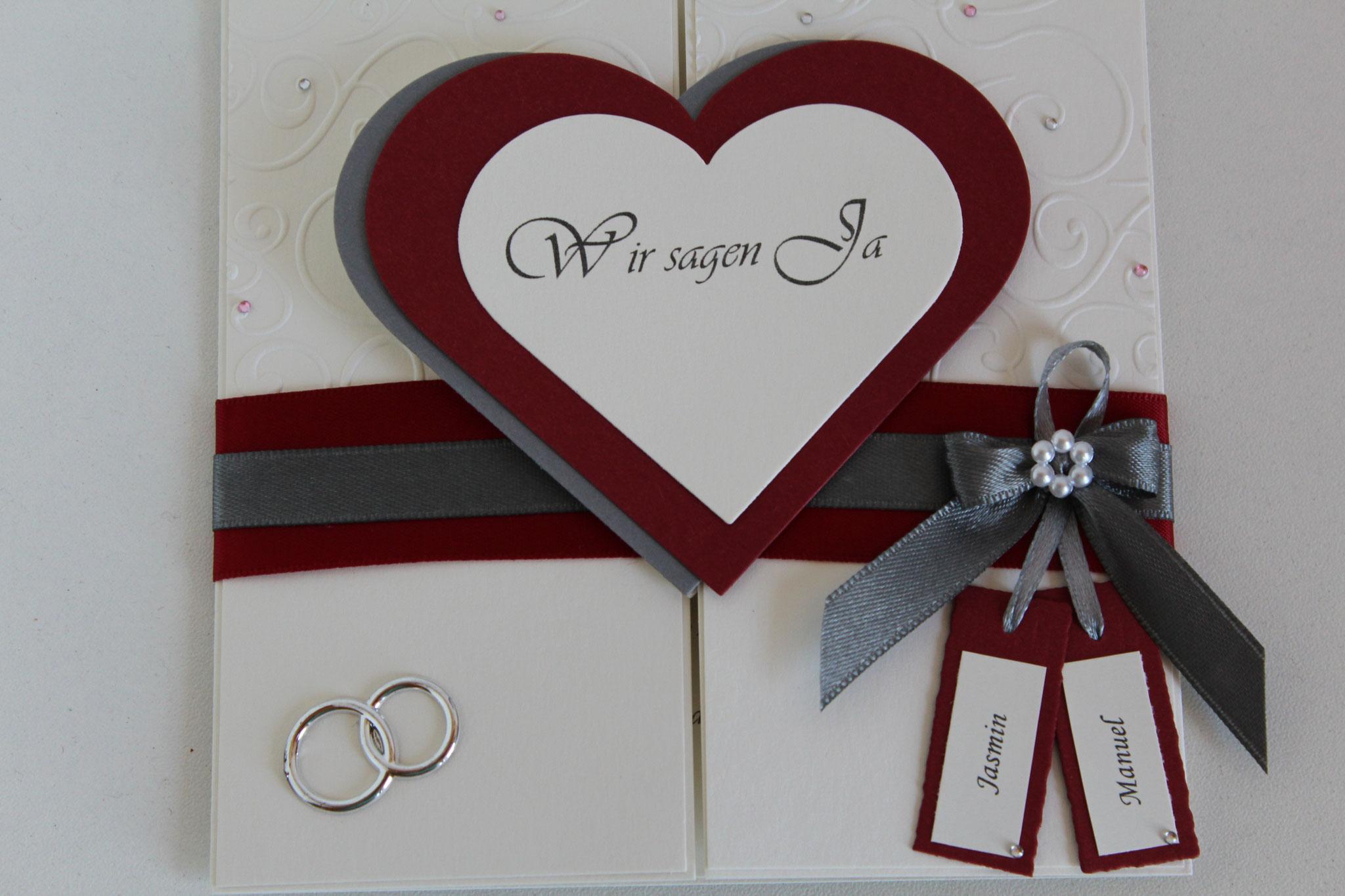 EH 75  mittig zu öffnen. Gerne arbeiten wir ein Bild von Euch auf die Herzinnenseite ein. Anhänger für die Vornamen des Brautpaares.