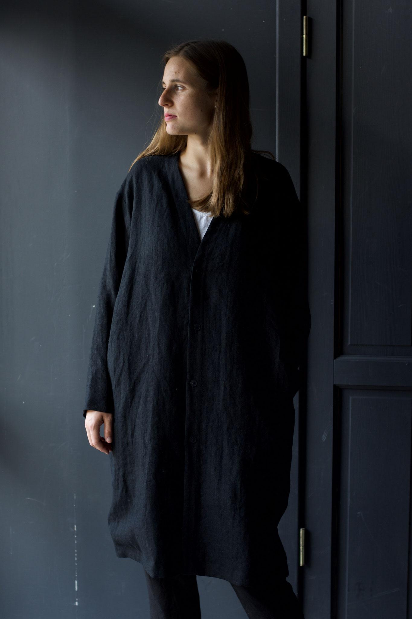 Front: 199/Black