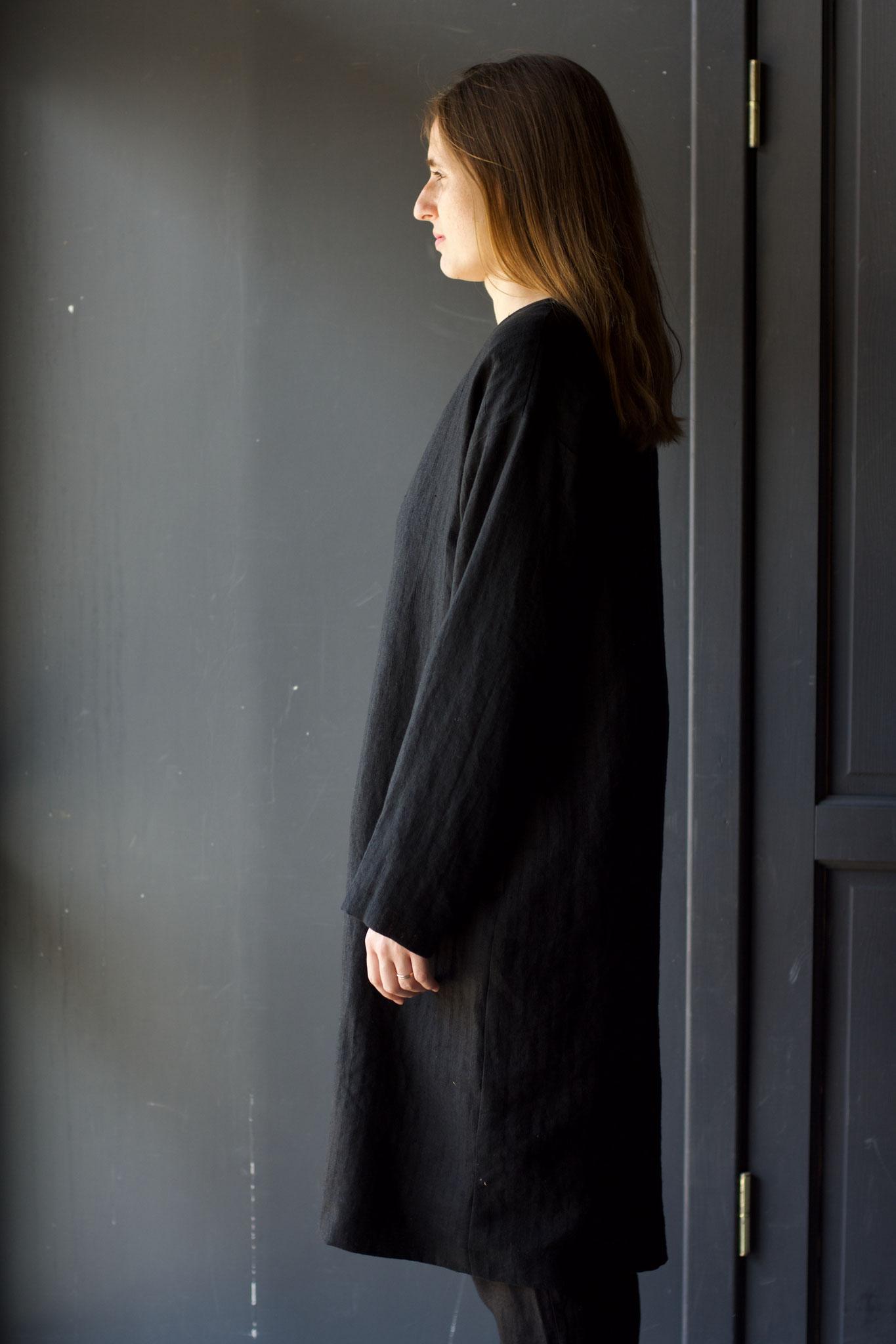 Side: 199/Black