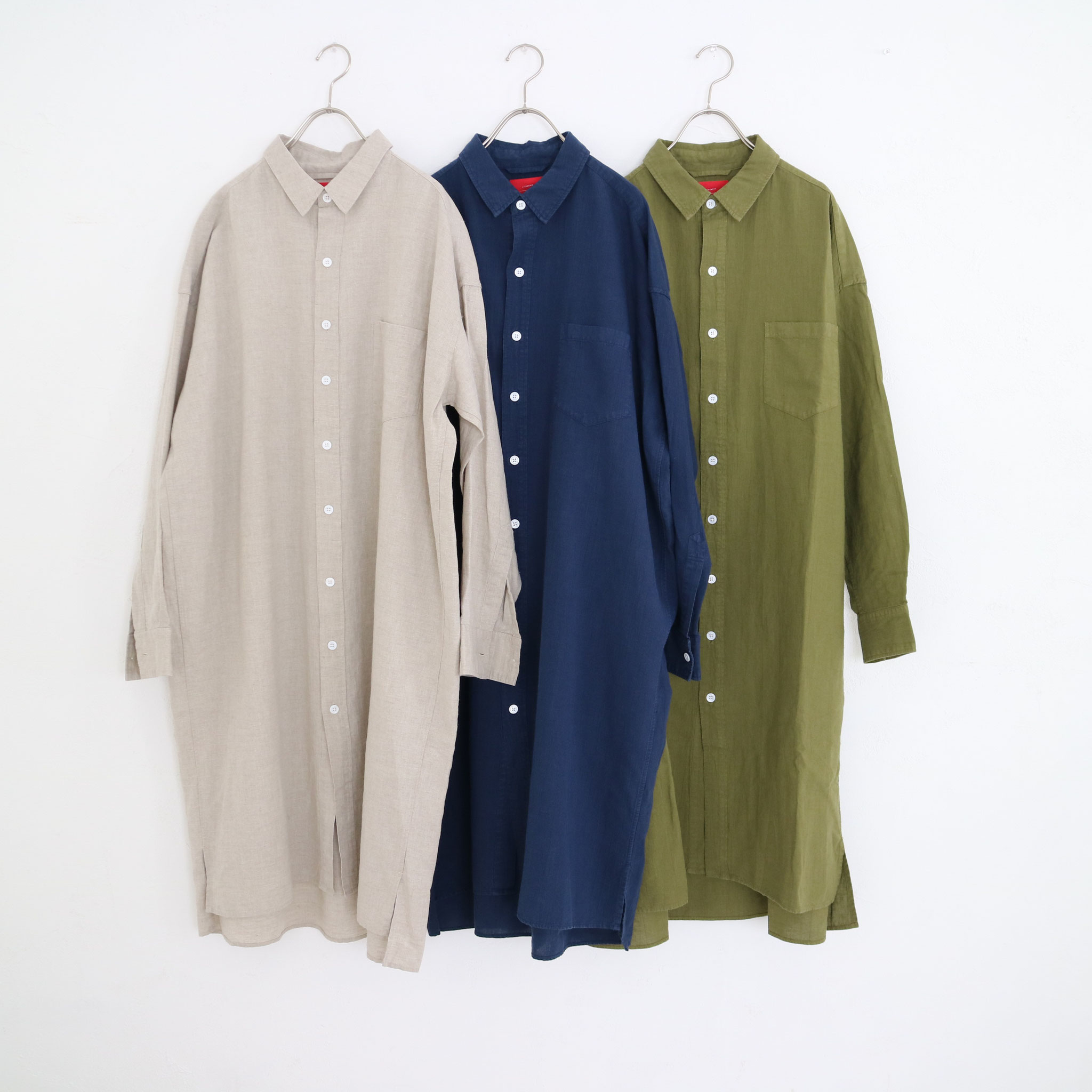 Natural→ Navy→ Martini olive