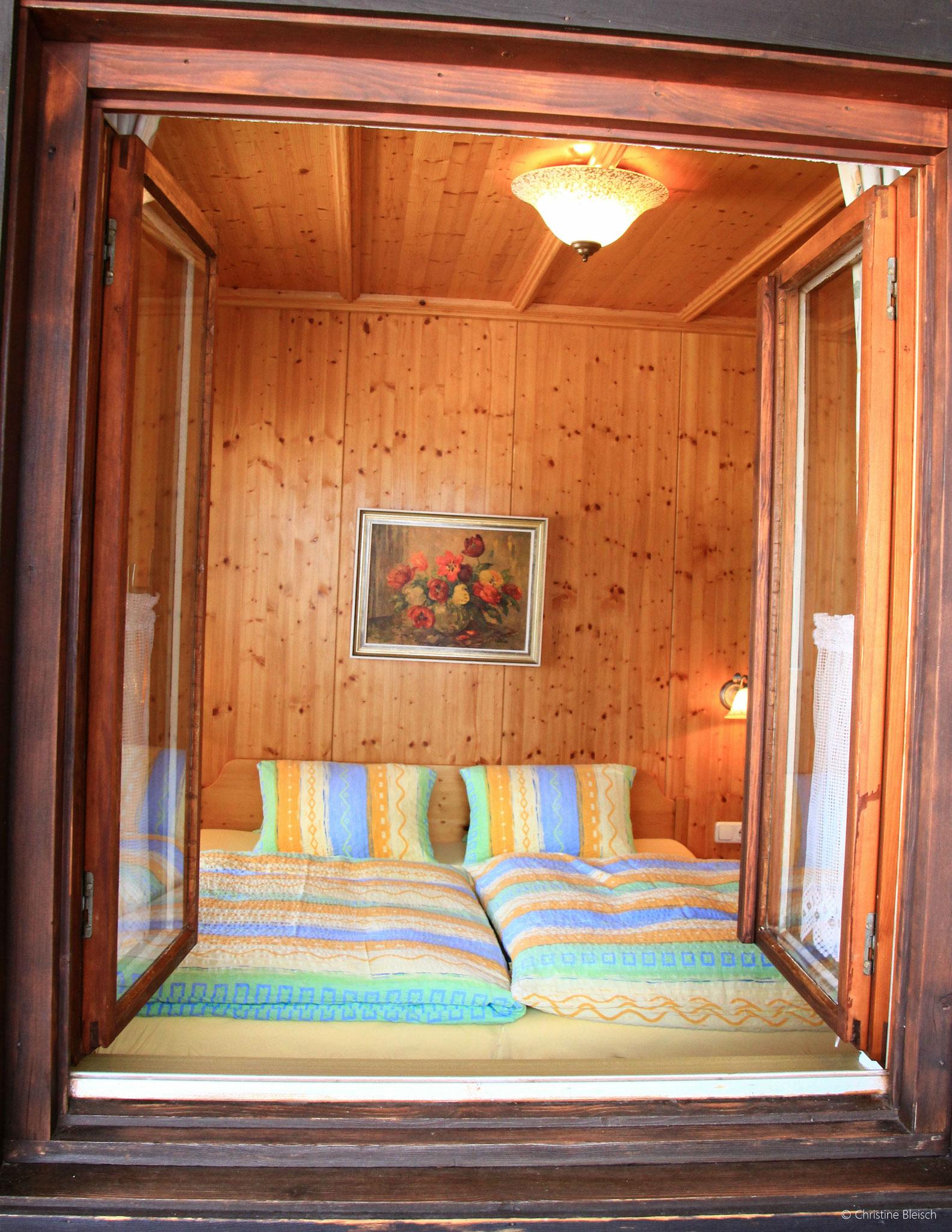 Schlafzimmer Apartment Gosaukamm ©Christine Bleisch