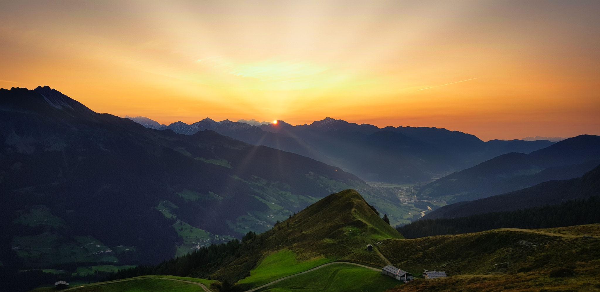 Sonnenaufgang Joggelealm / Ridnauntal
