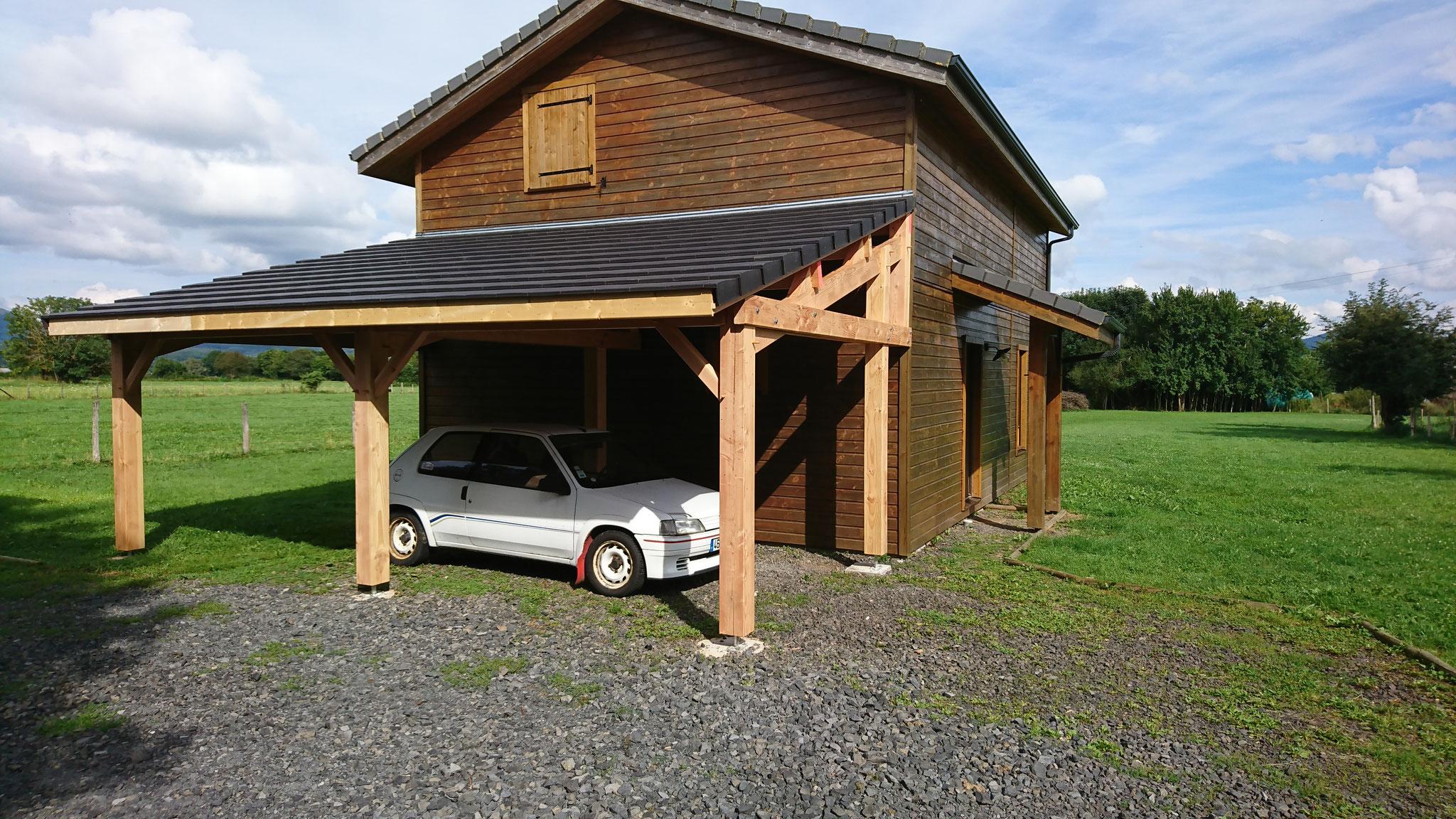 Abris voiture  autoporteur gamme Sancy