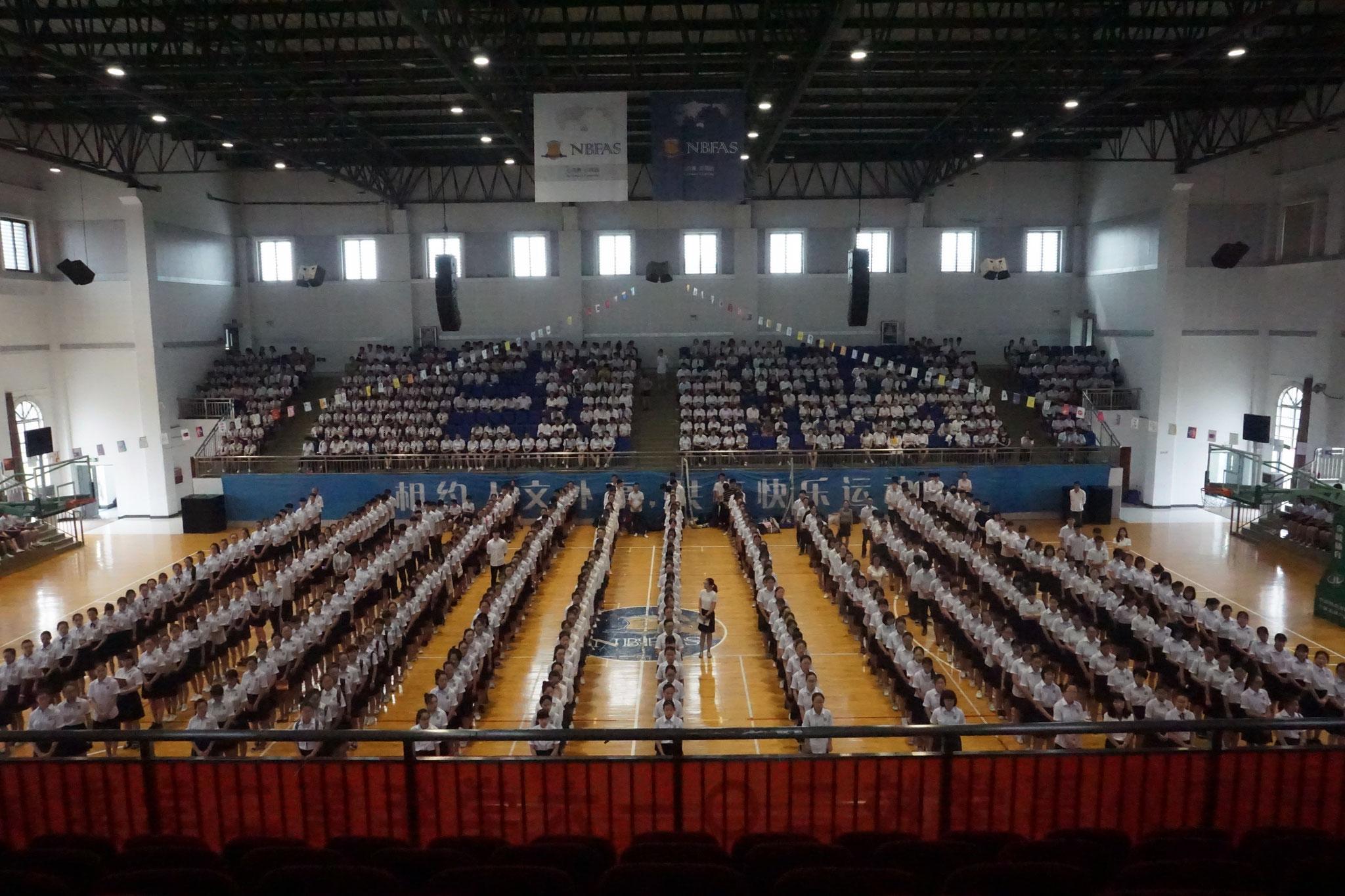 Versammlung zum Schuljahresabschluss