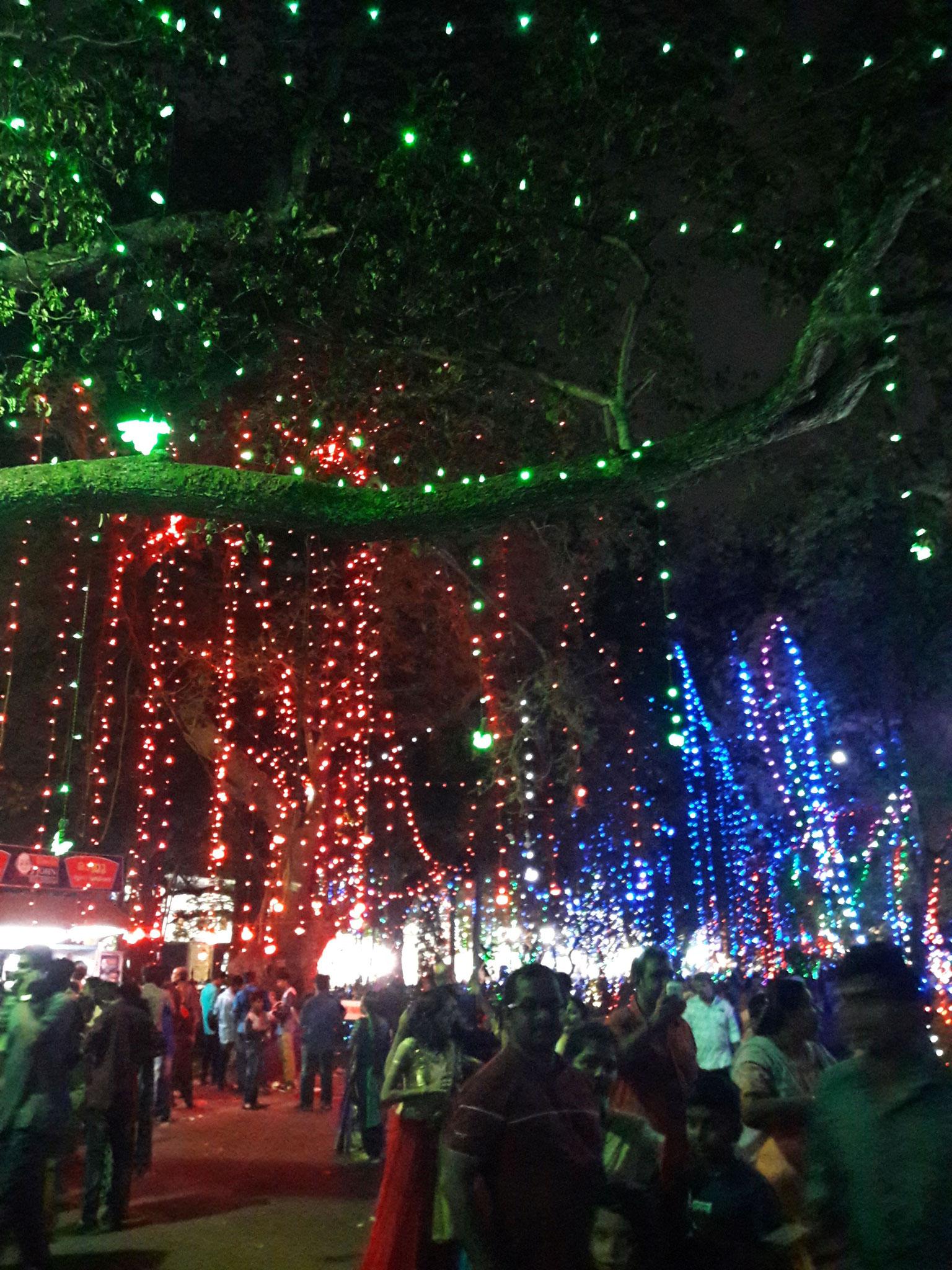 Onam-Lichter in der Stadt