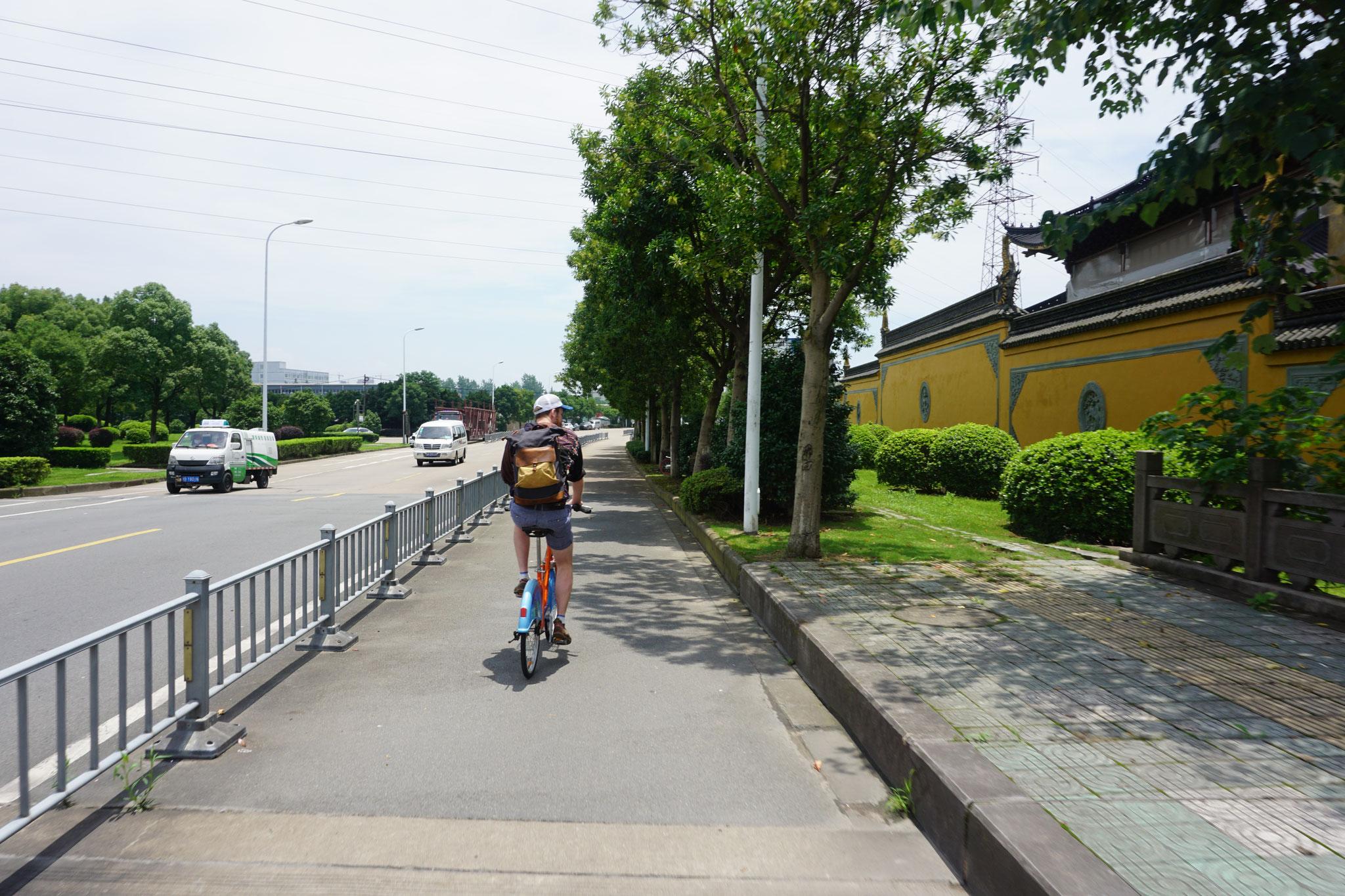 Breite Fahrradwege